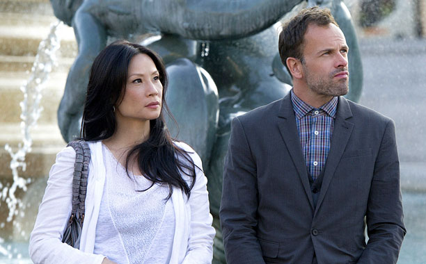 Though there is definite tension between Holmes (Jonny Lee Miller) and Watson (Lucy Liu), the pair seem set to keep their relationship strictly business. Though…