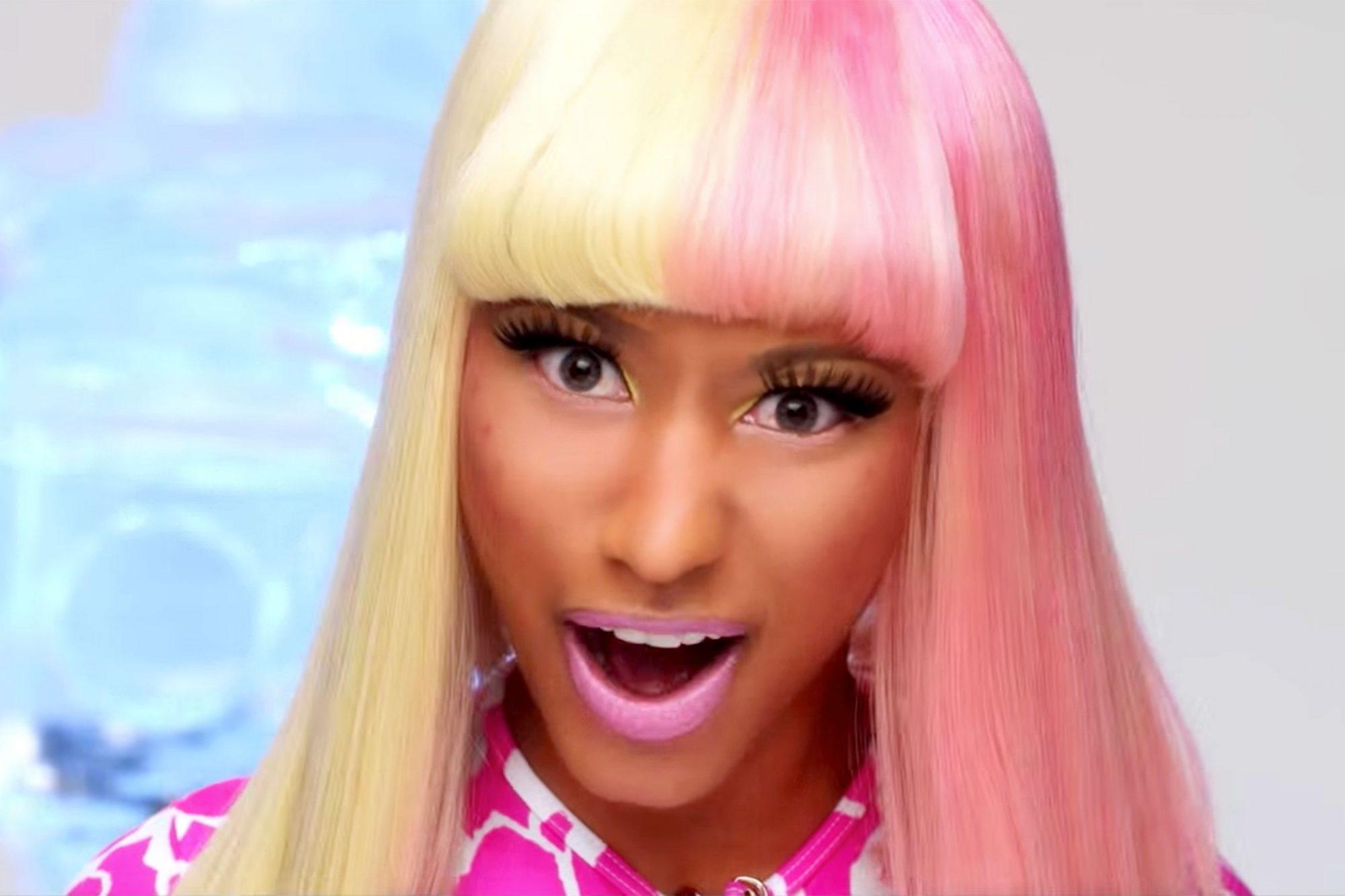 "Nicki Minaj ""Super Bass"""