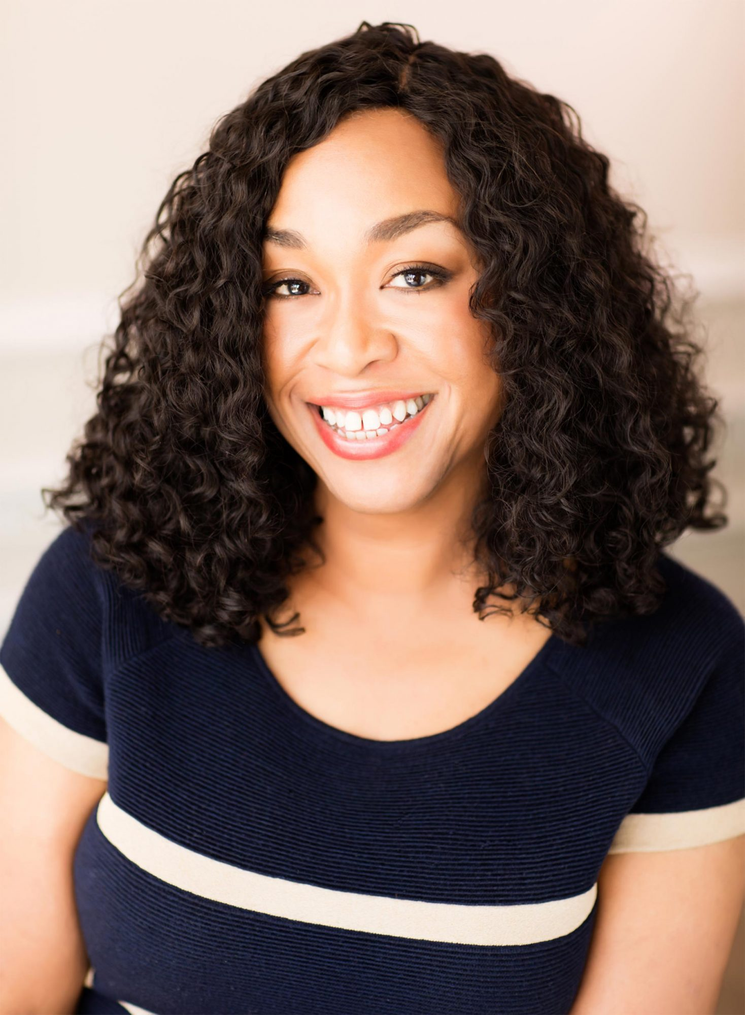 Shonda-Rhimes-(Photo-Credit---Jay-Goldman)