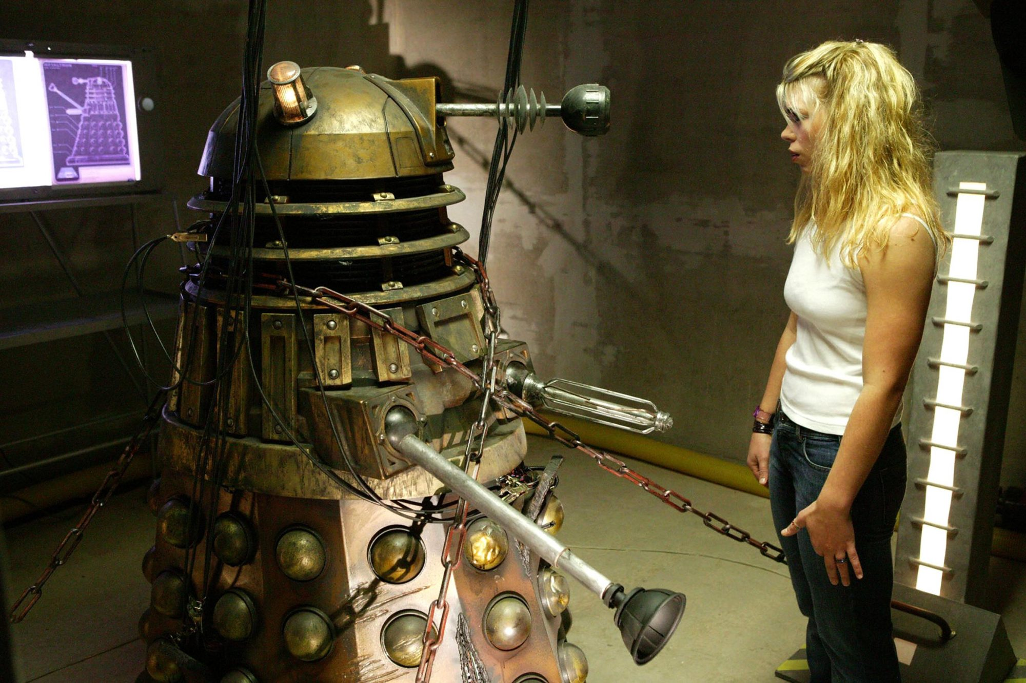 DOCTOR WHO, Billie Piper, Dalek, (Season 1, episode   6, aired April 30, 2005),  2005-, photo:  ©BBC