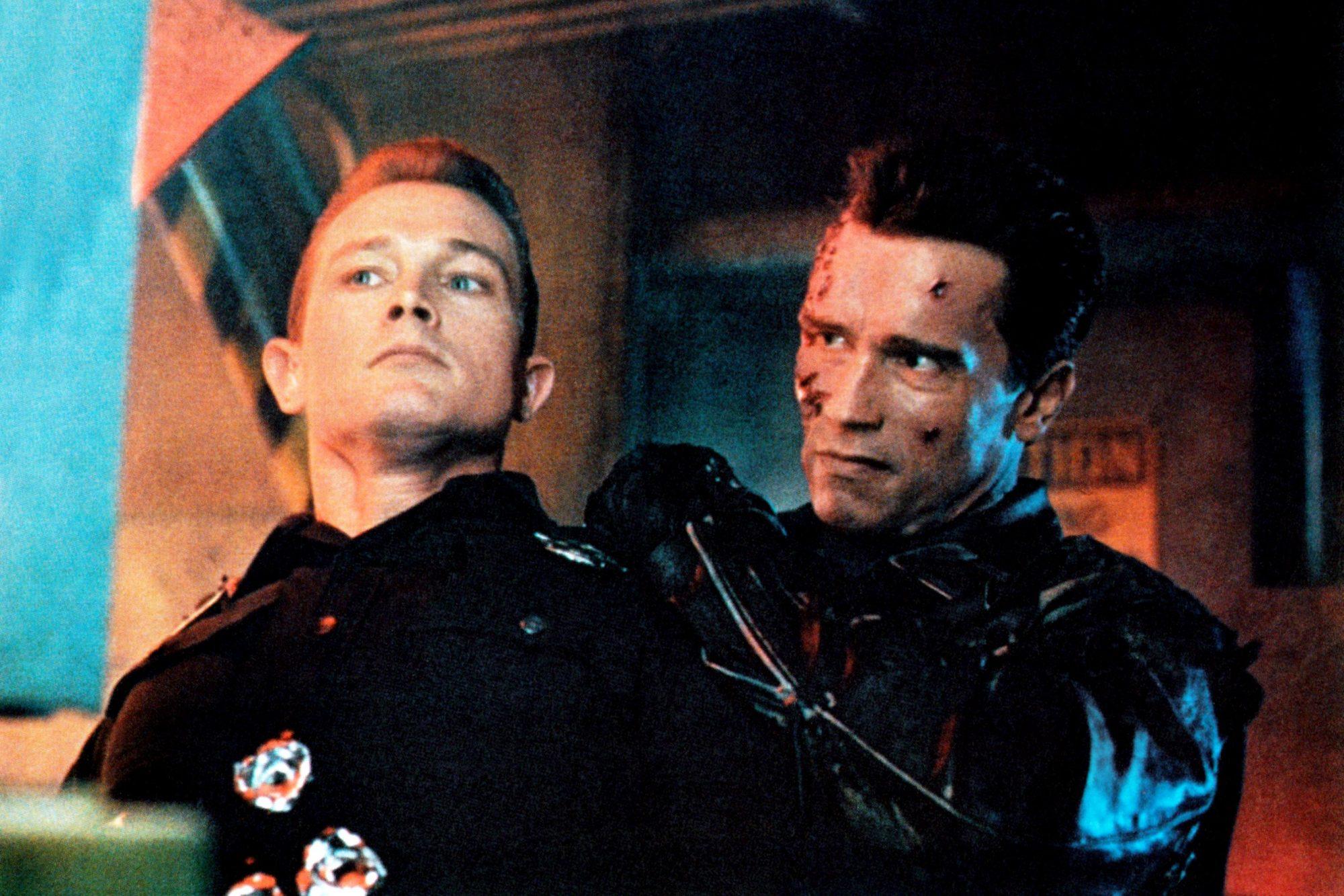 TERMINATOR 2: JUDGMENT DAY, from left: Robert Patrick, Arnold Schwarzenegger, 1991. ©TriStar Picture