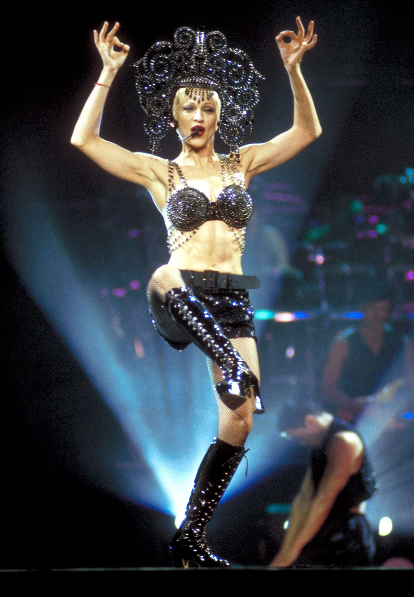 1993: Onstage during the Girlie Show Tour