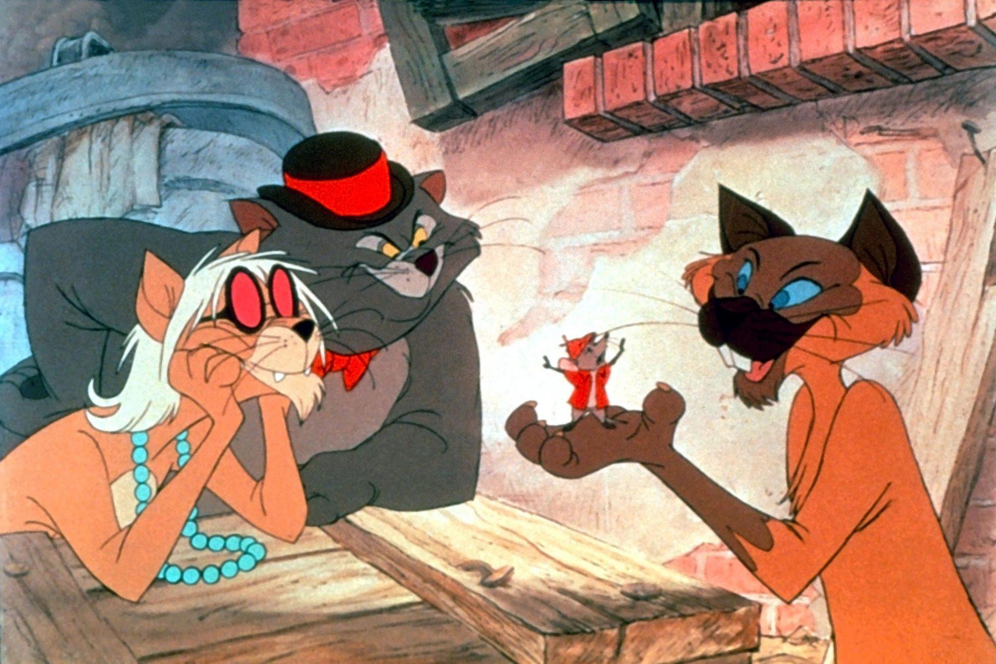 THE ARISTOCATS, left: Scat Cat, center: Roquefort, right: Shun Gon, 1970, ©Walt Disney Pictures/cour