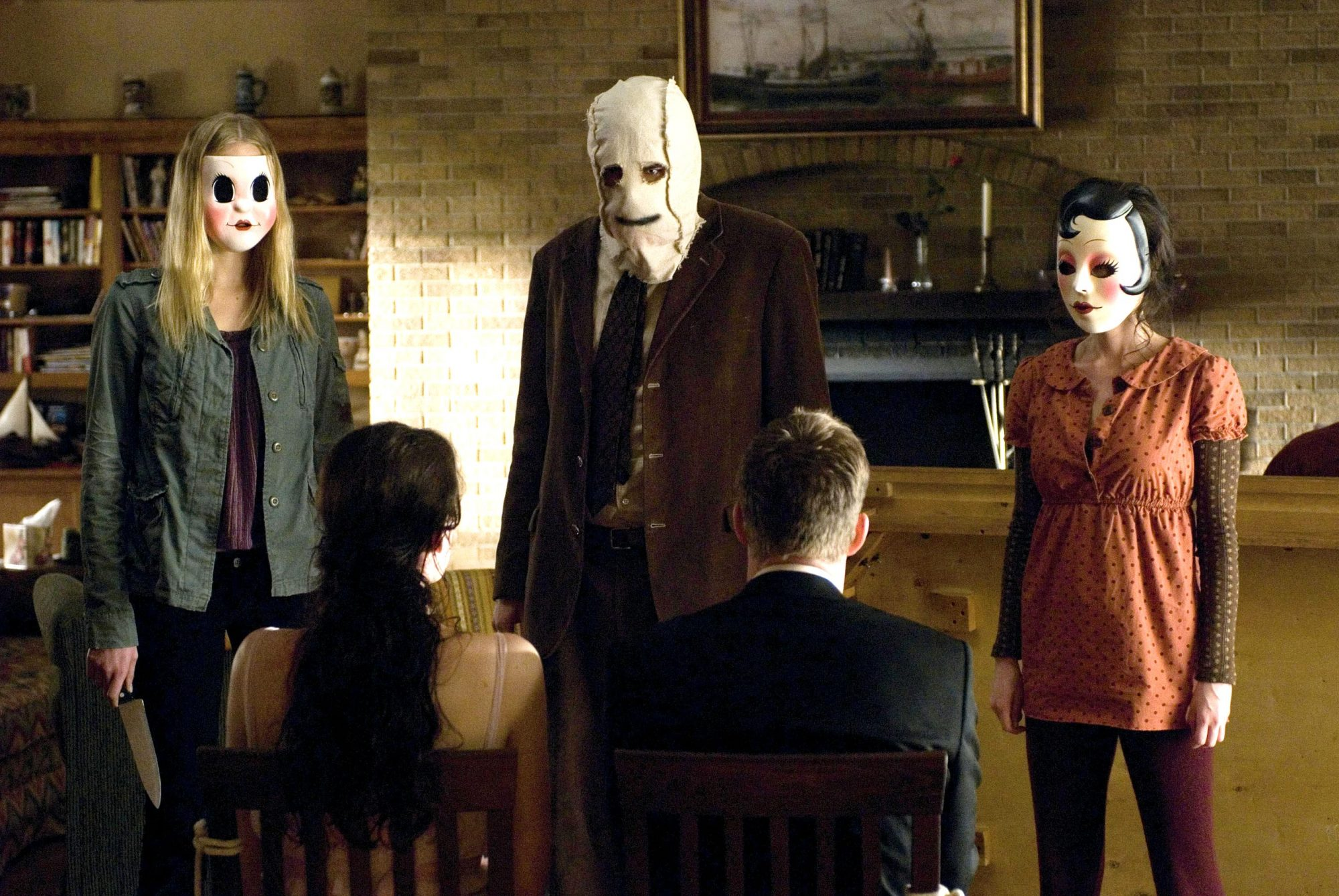 18 Of The Best Cabin In The Woods Horror Movies Ew Com