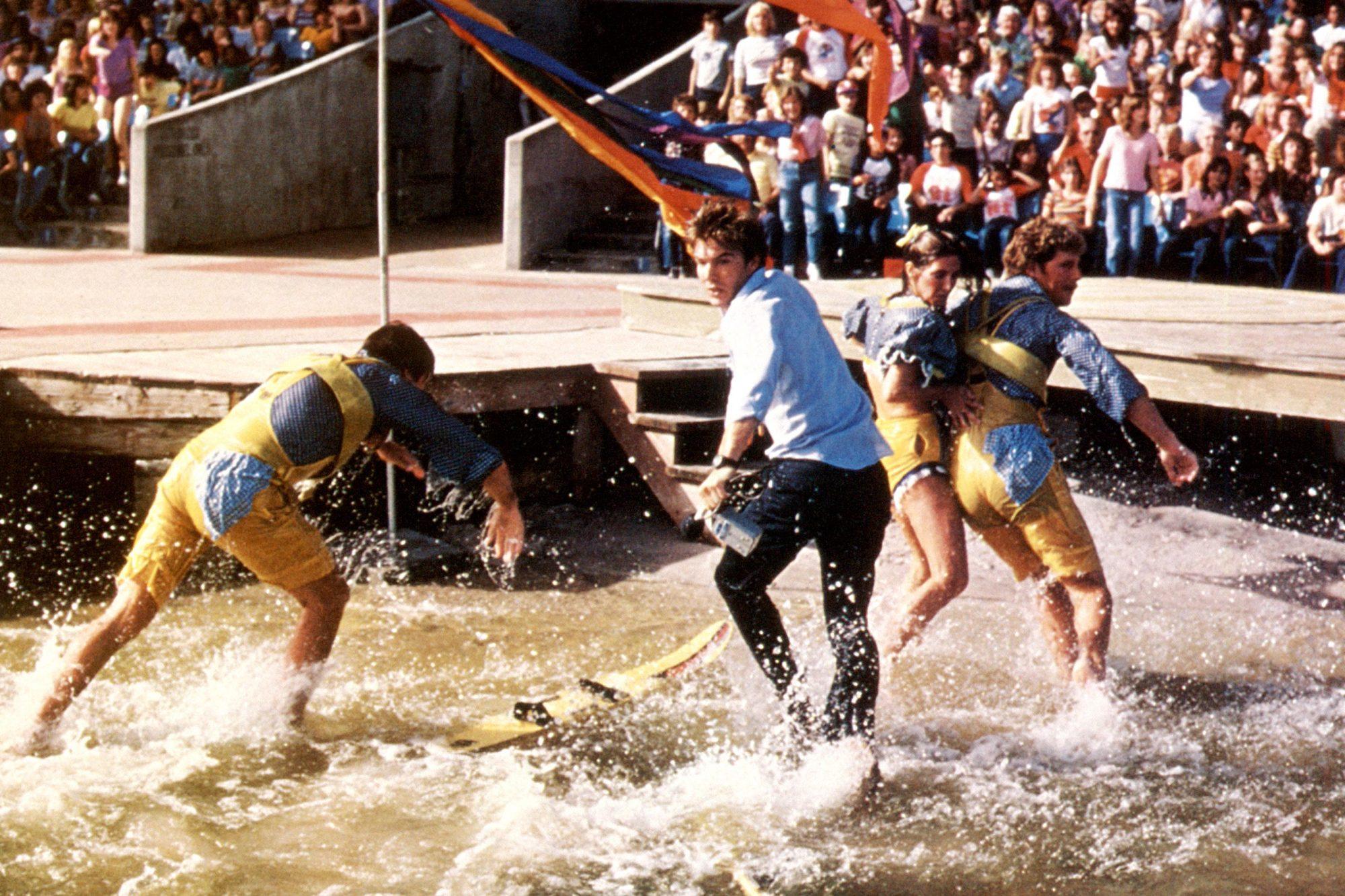 JAWS 3-D, Dennis Quaid (center), 1983, (c)Universal/courtesy Everett Collection