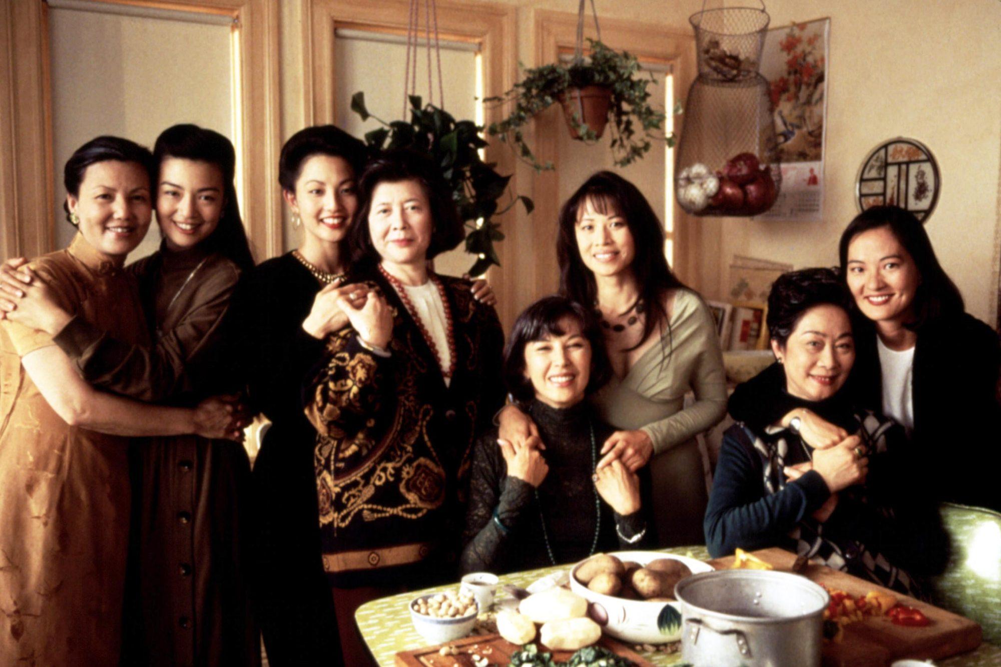 THE JOY LUCK CLUB, Kieu Chinh, Ming-Na Wen, Tamlyn Tomita, Tsai Chin, France Nuyen, Lauren Tom, Lisa