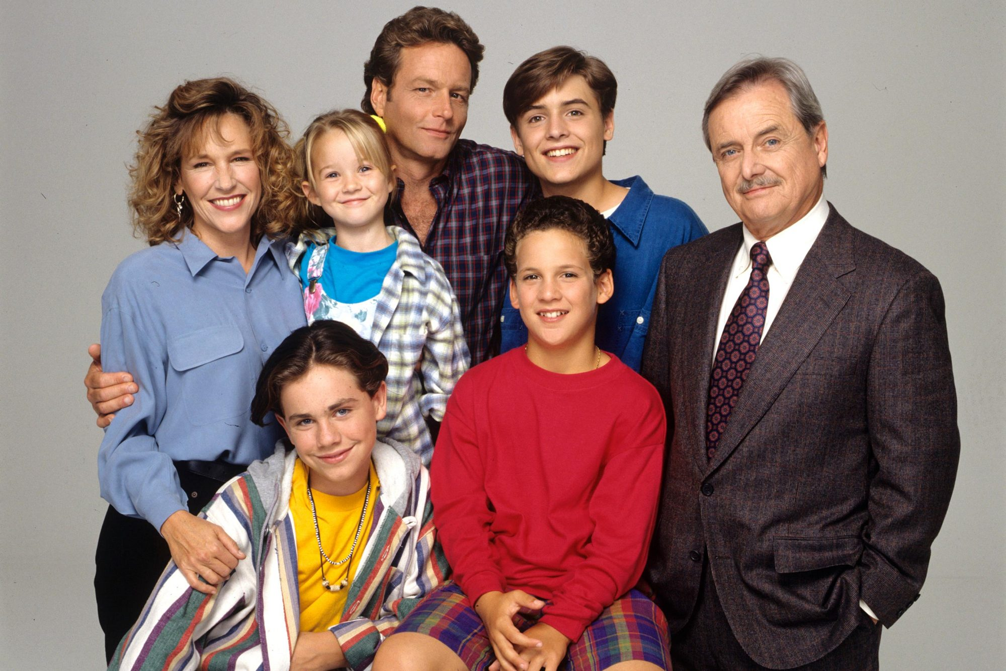 L-R: BETSY RANDLE;RIDER STRONG;LILY NICKSAY;WILLIAM RUSS;BEN SAVAGE;WILL FRIEDLE;WILLIAM DANIELS