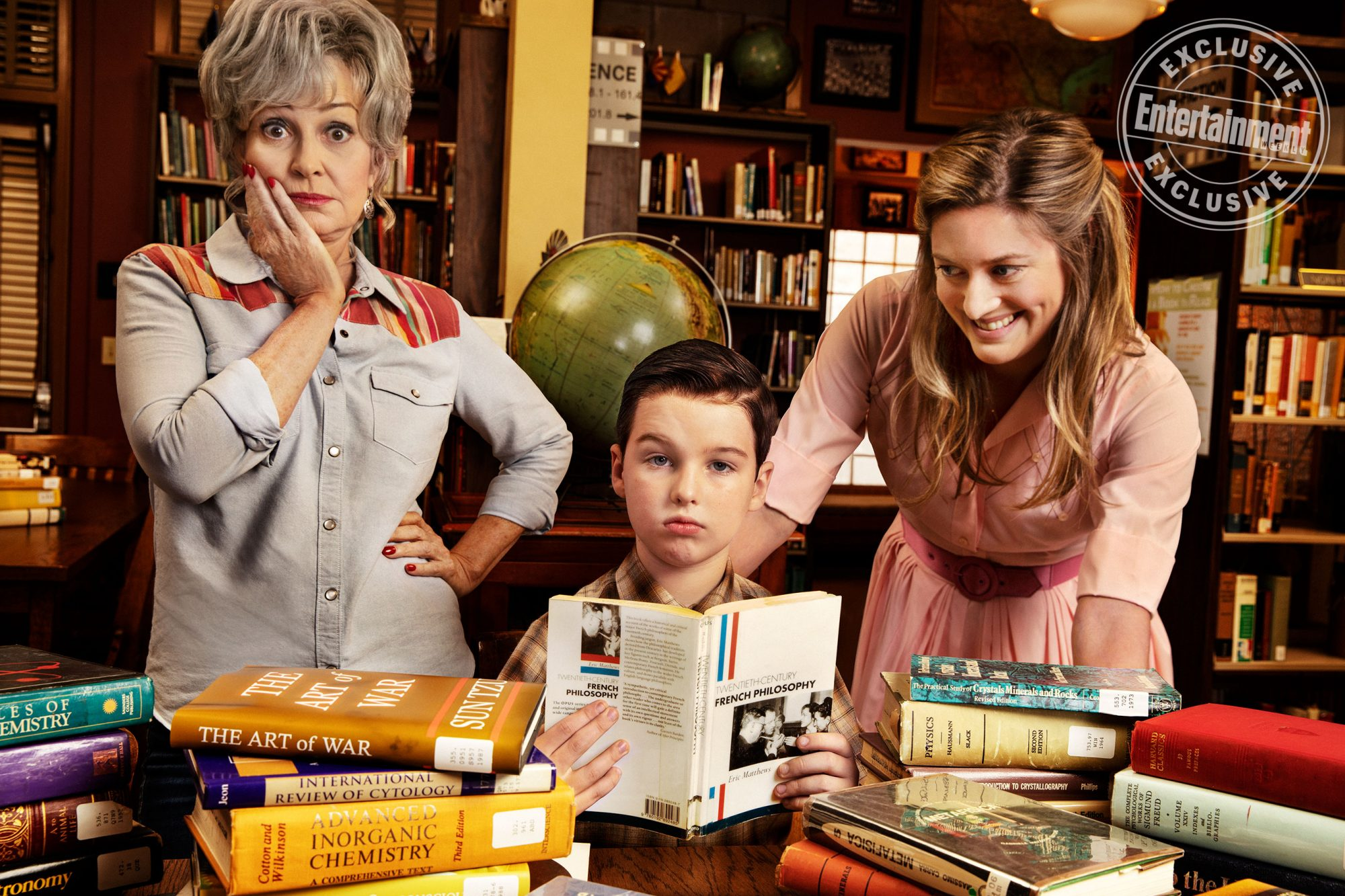 Annie Potts, Iain Armitage, and Zoe Perry (Young Sheldon)