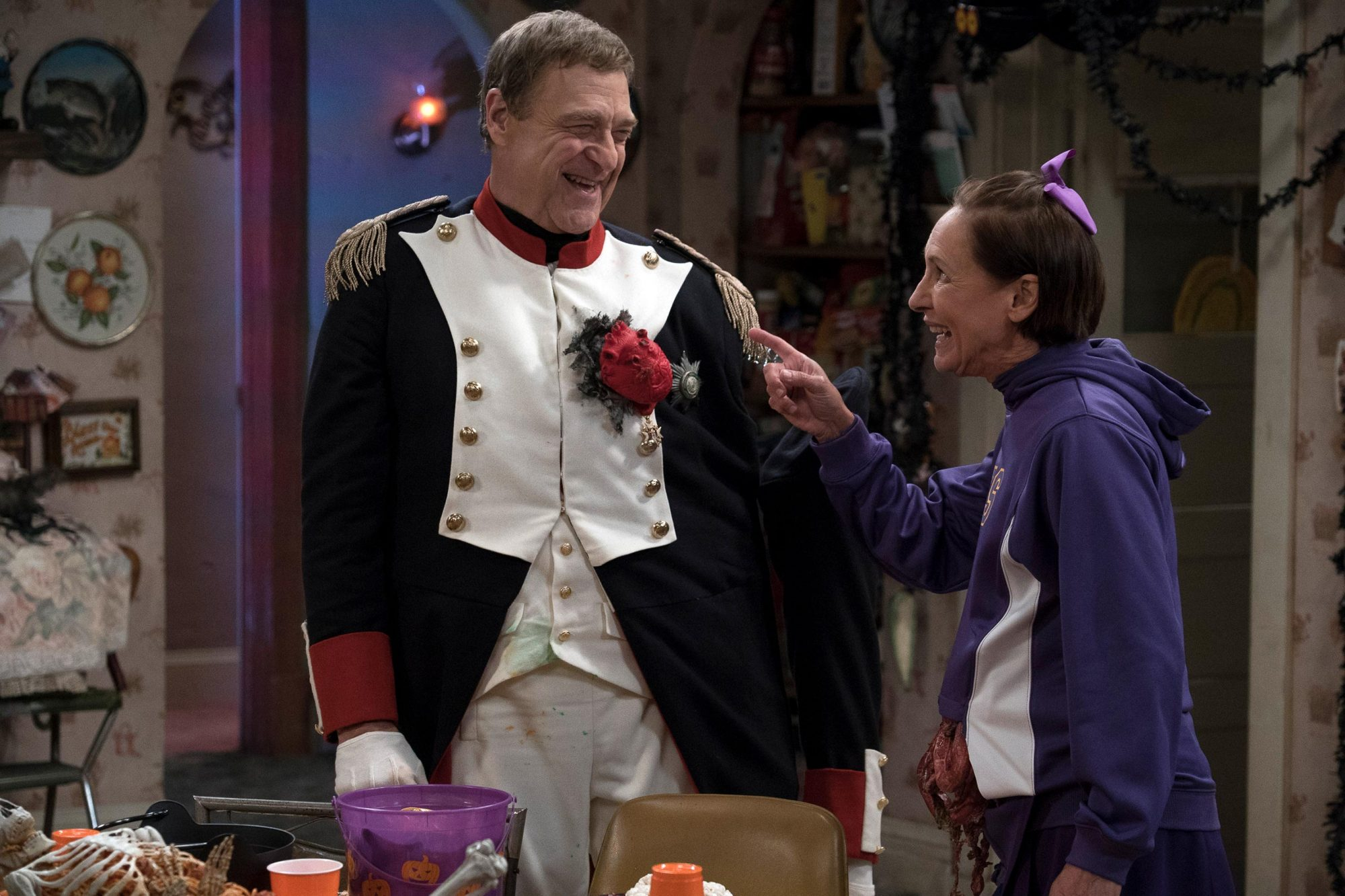JOHN GOODMAN, LAURIE METCALF