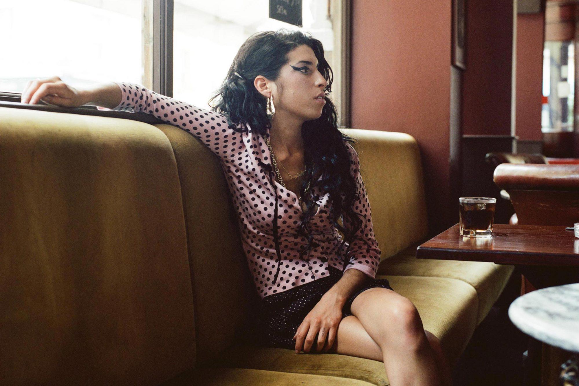 Amy Winehouse publicity photo CR: Mischa Richter