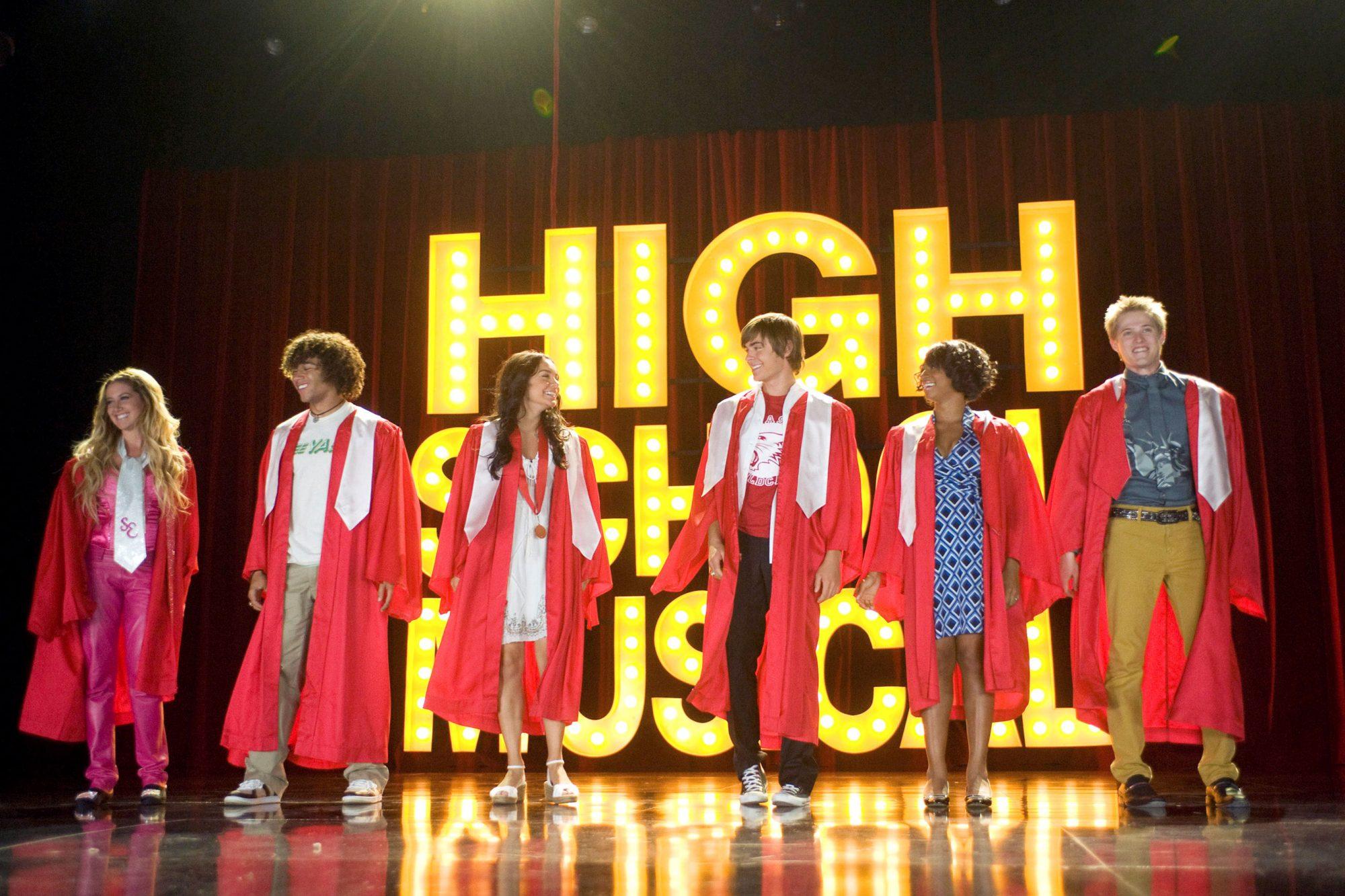 HIGH SCHOOL MUSICAL 3: SENIOR YEAR, from left: Ashley Tisdale, Corbin Bleu, Vanessa Hudgens, Zac Efr