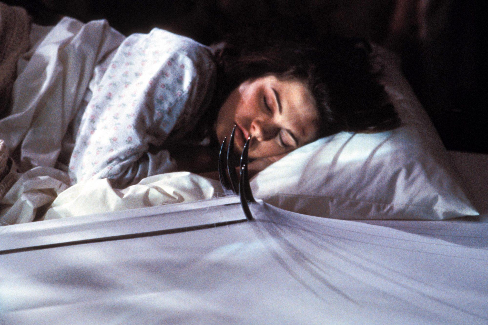 WES CRAVEN'S NEW NIGHTMARE, Heather Langenkamp, 1994, (c) New Line/courtesy Everett Collection
