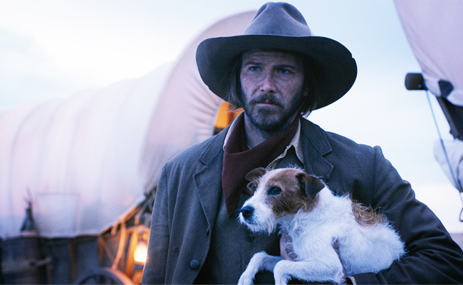 The Ballad Of Buster Scruggs 14 Things You Might Have Missed Ew Com