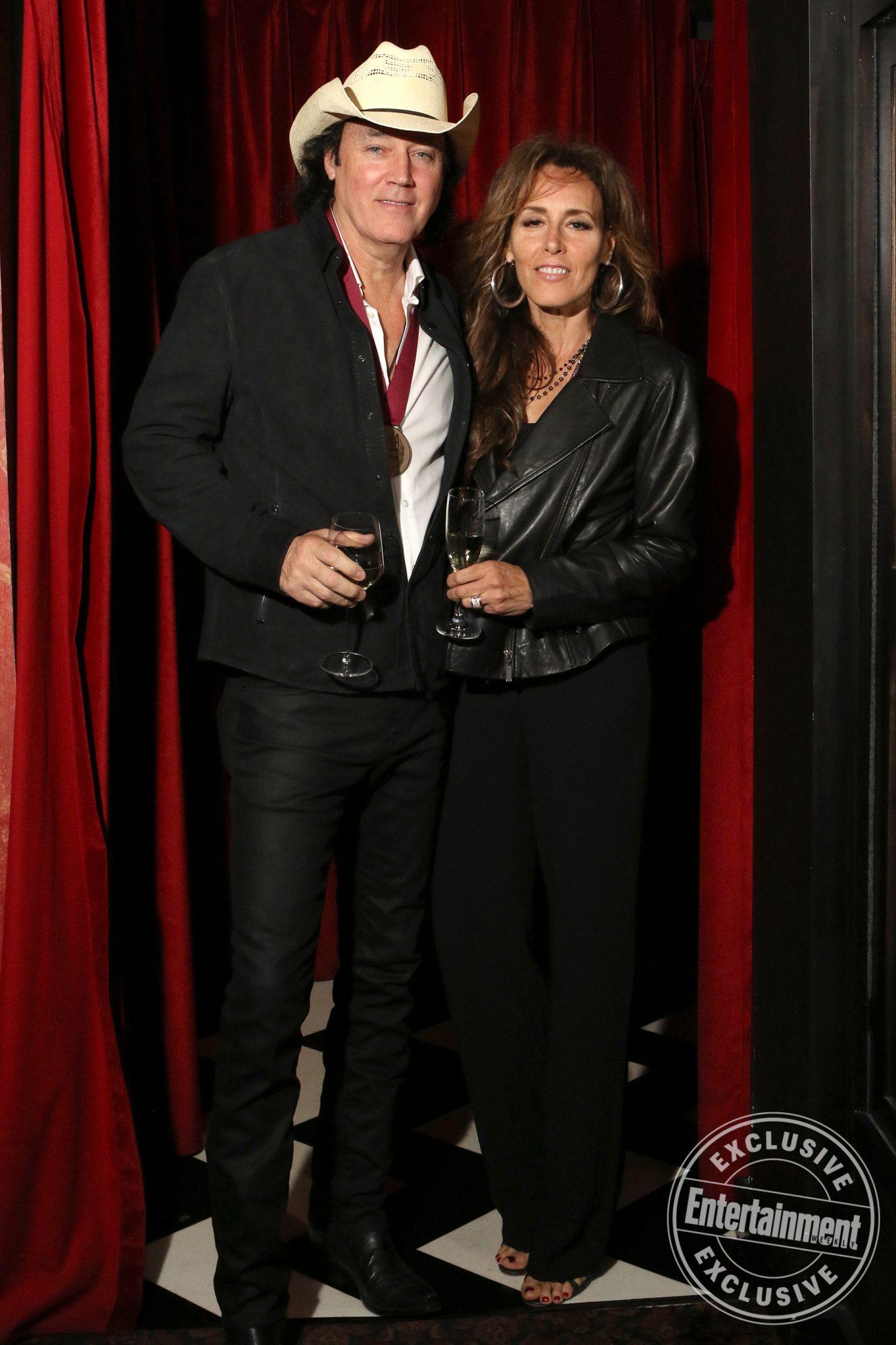David-Lee-Murphy-with-wife-Donna-Murphy-by-Jamie-Schramm