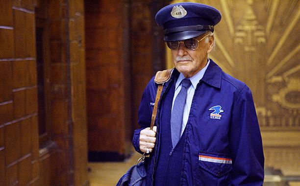 Postal Carrier in Fantastic Four (2005)