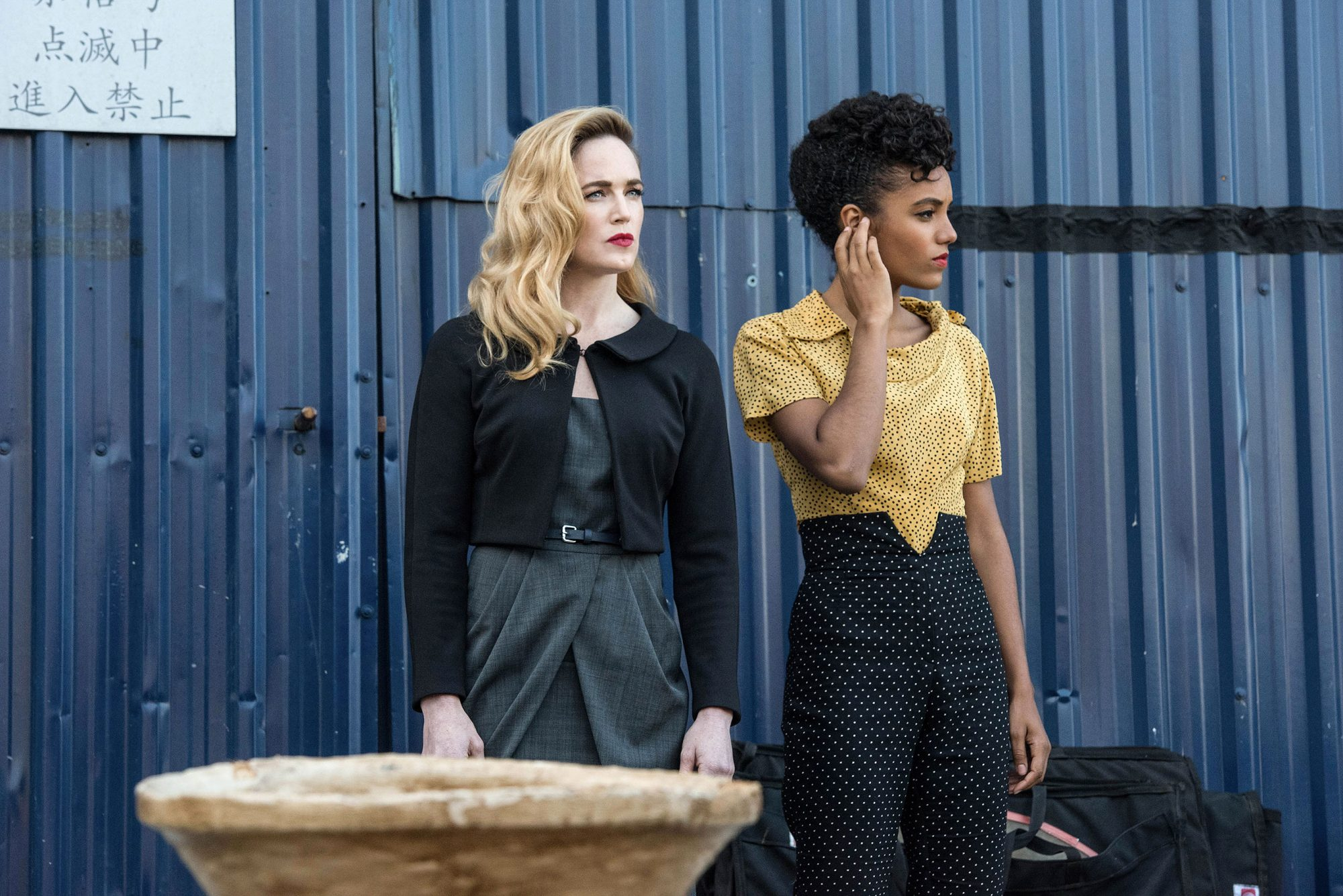 "DC's Legends of Tomorrow -- ""Tagumo Attacks!!!"" -- Image Number: LGN405b_0065b.jpg -- Pictured (L-R): Caity Lotz as Sara Lance/White Canary and Maisie Richardson-Sellers as Charlie -- Photo: Dean Buscher/The CW -- © 2018 The CW Network, LLC. All Ri"