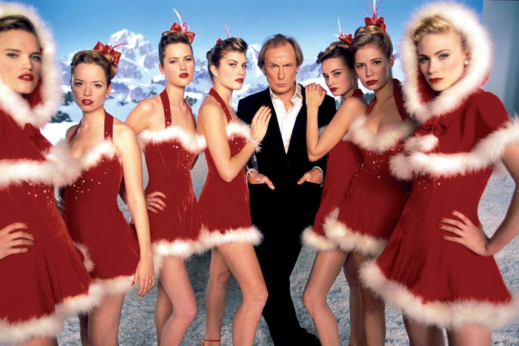 LOVE ACTUALLY, Bill Nighy, 2003. © Universal Pictures/ Courtesy: Everett Collection