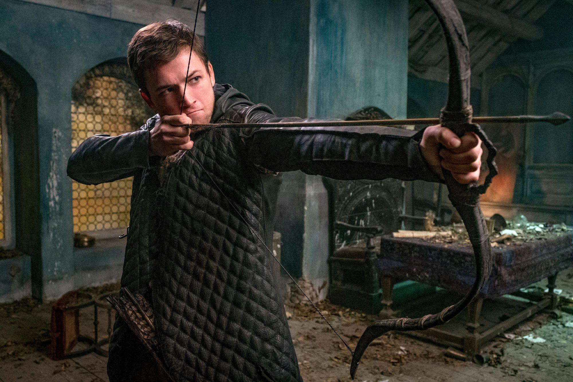 Robin Hood (2018) Robin (Taron Egerton)