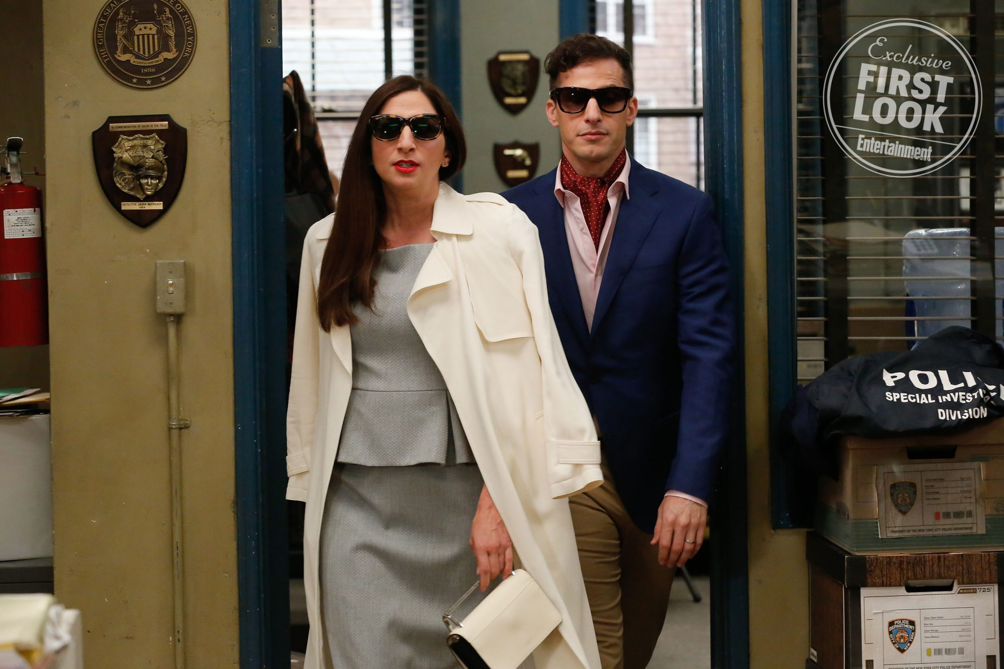 Brooklyn Nine Nine Season 6 Chelsea Peretti On Gina S Departure Ew Com