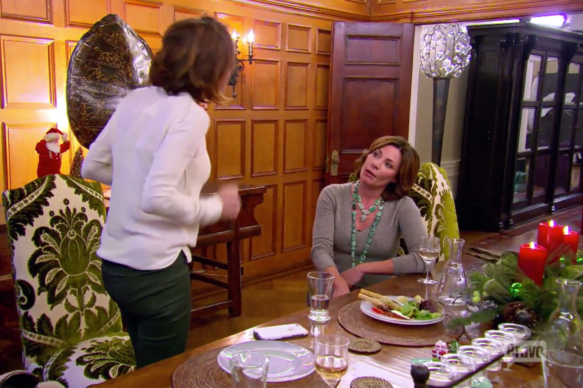 THE-REAL-HOUSEWIVES-OF-NEW-YORK-CITY-—-December--Berkshires-County-(s8e9)