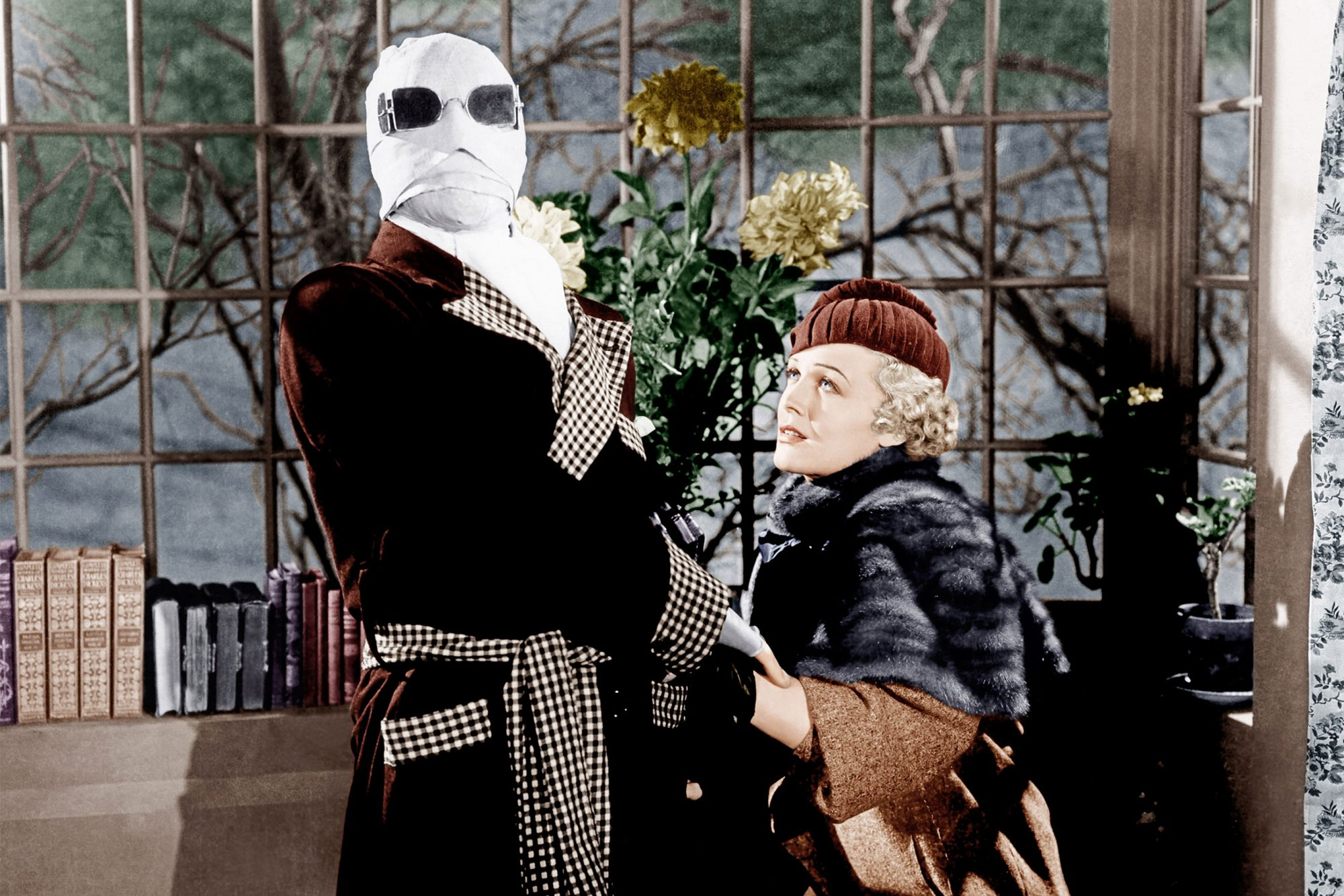 THE INVISIBLE MAN, from left: Claude Rains, Gloria Stuart, 1933