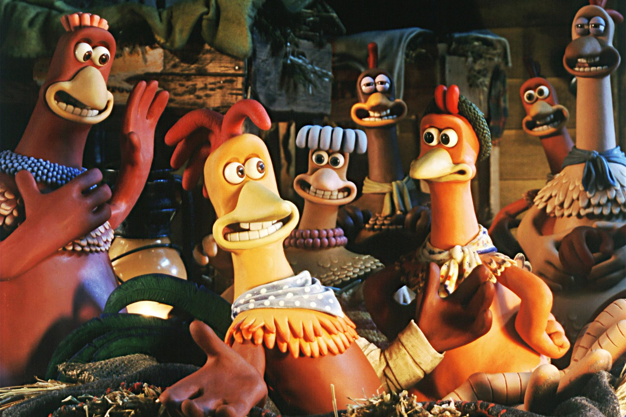 CHICKEN RUN, 2000, (l to r) Bunty (Imelda Staunton), Rocky (Mel Gibson), Babs (Jane Horrocks), Ginge