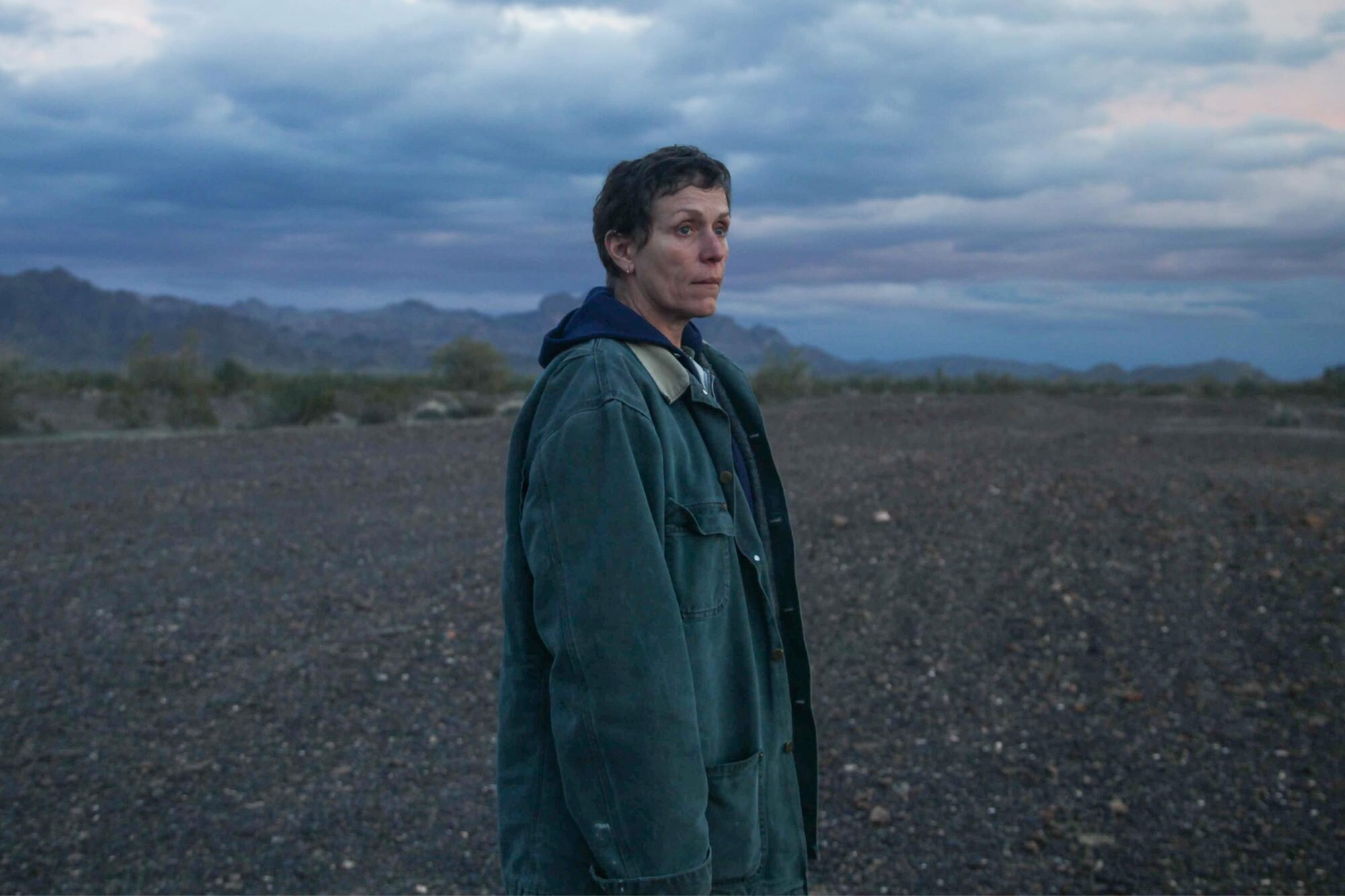 Nomadland review: Frances McDormand drama is a masterpiece | EW.com