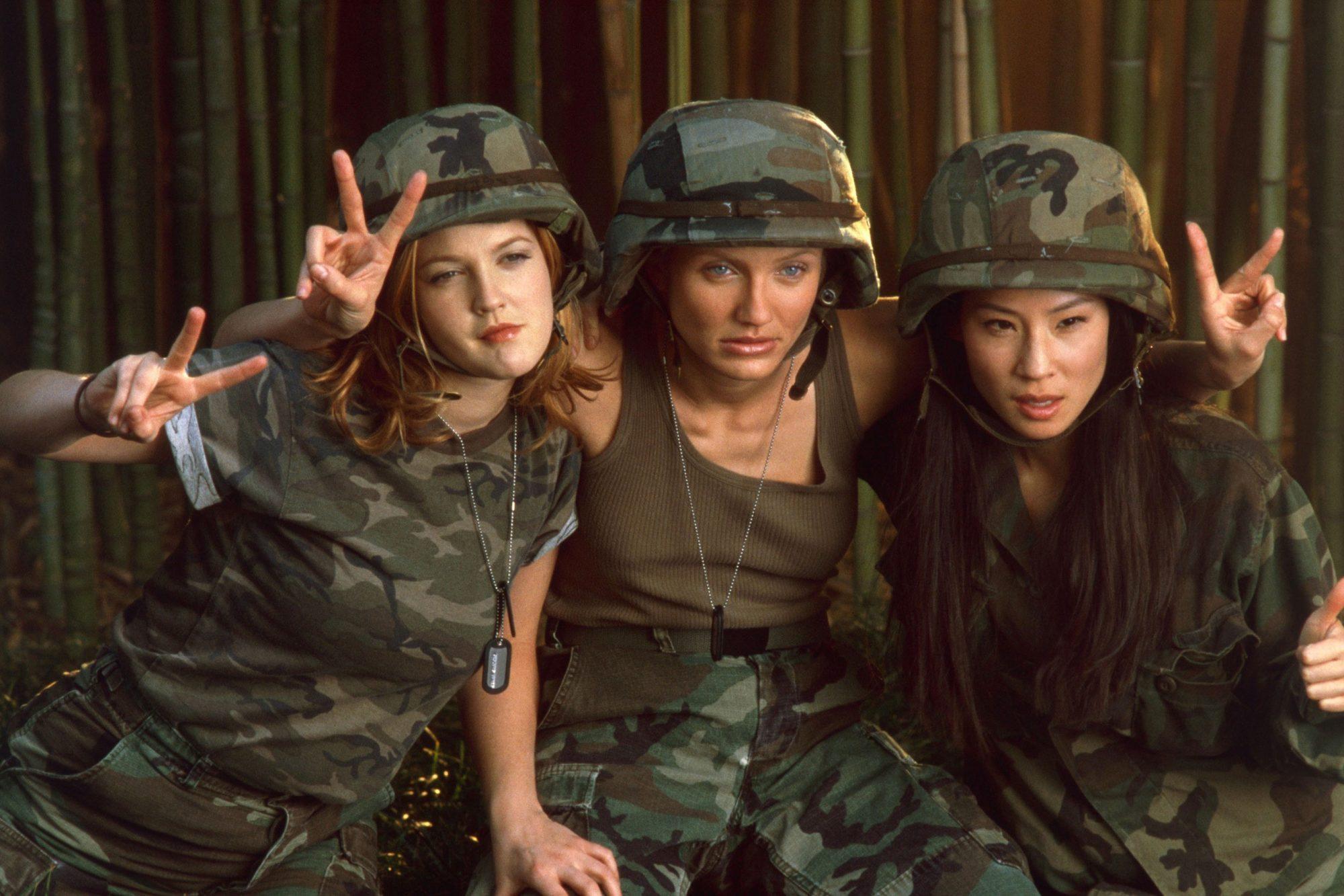 CHARLIE'S ANGELS, Drew Barrymore, Cameron Diaz, Lucy Liu, 2000, (c) Columbia/courtesy Everett Collec