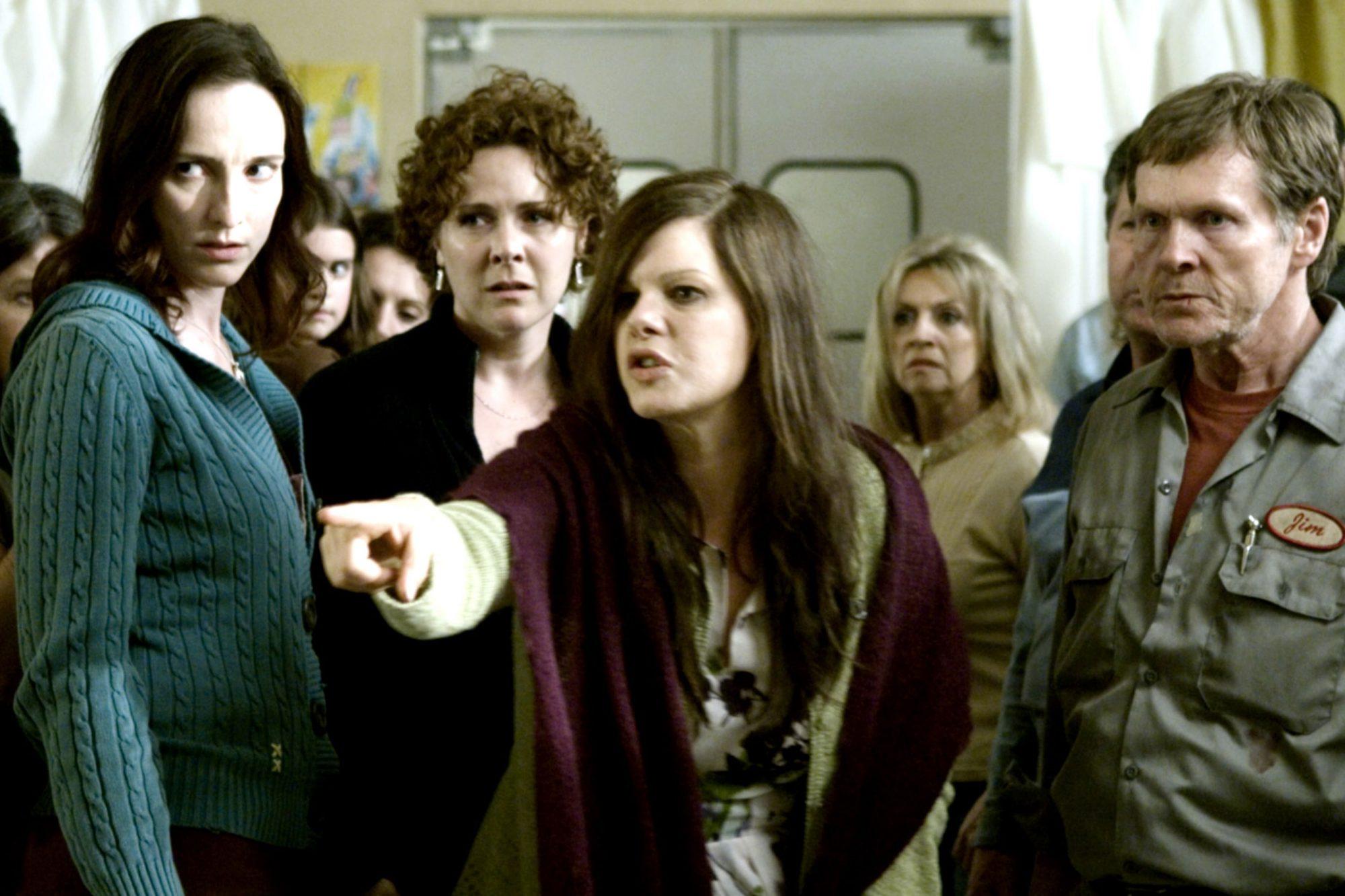 THE MIST, Marcia Gay Harden (center), William Sadler (front right), 2007. ©Weinstein Company/courtes