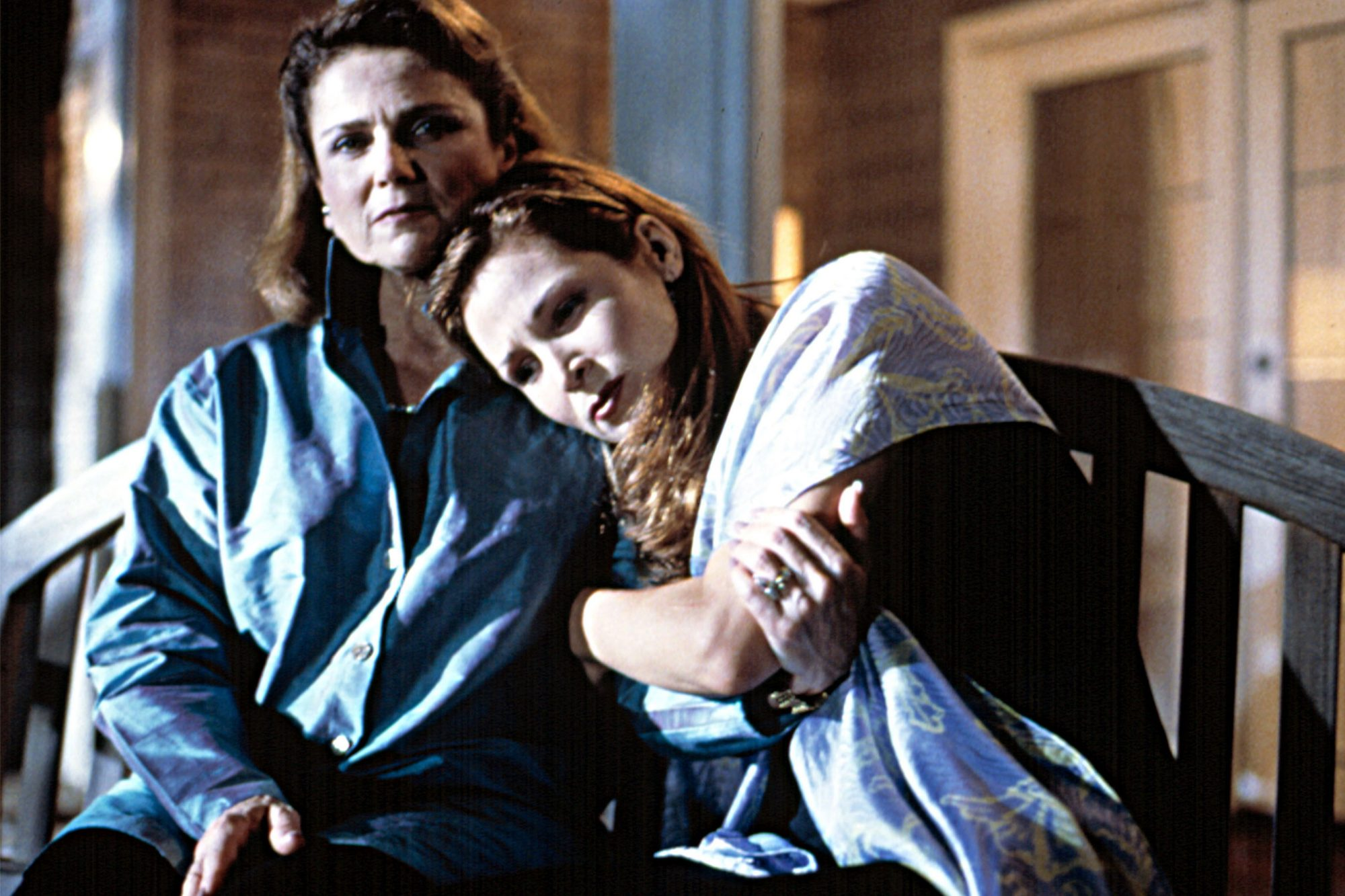 KISSING JESSICA STEIN, Tovah Feldshuh, Jennifer Westfeldt, 2001, TM & Copyright (c) 20th Century Fox