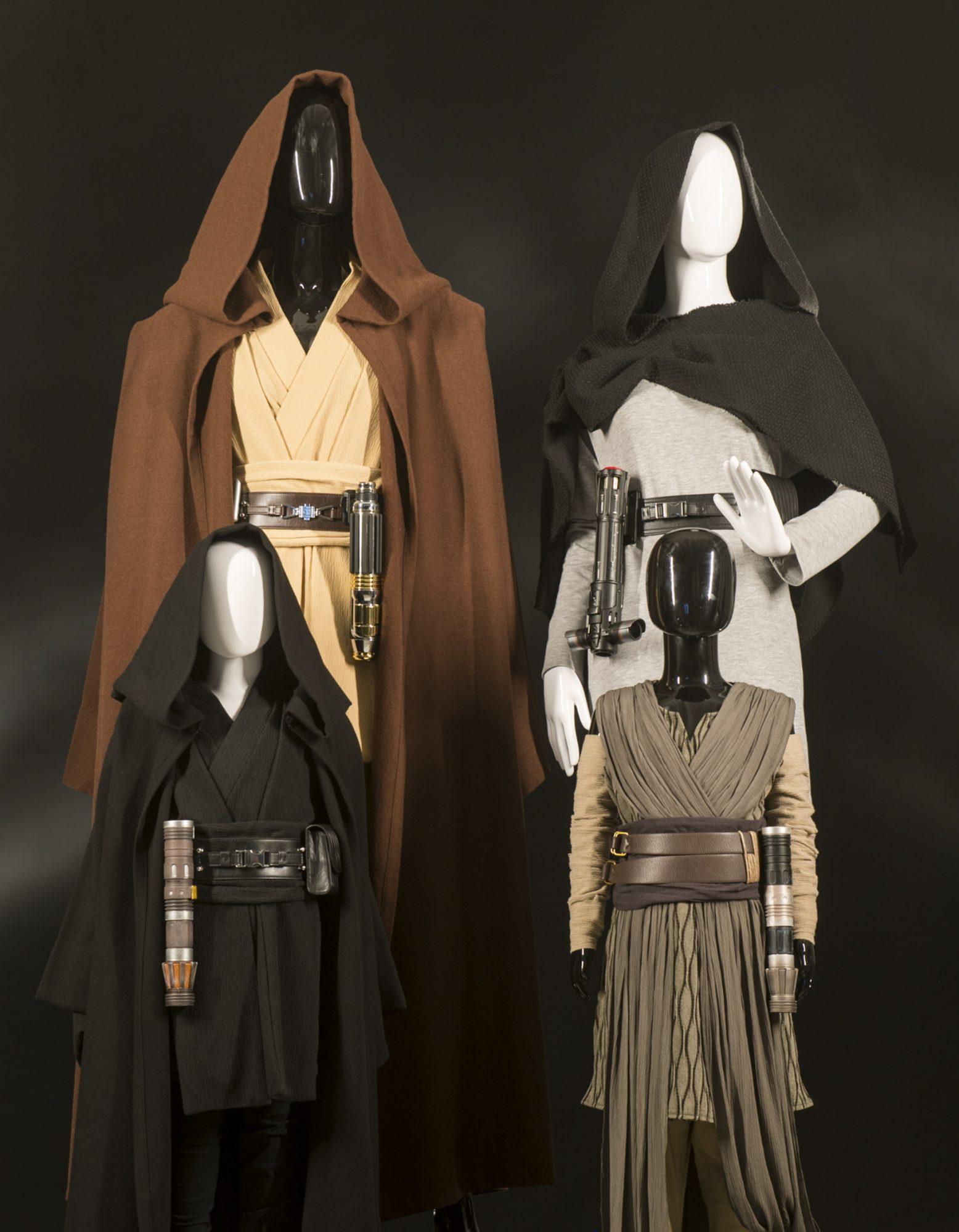 Star Wars: Galaxy's Edge Merchandise – Apparel