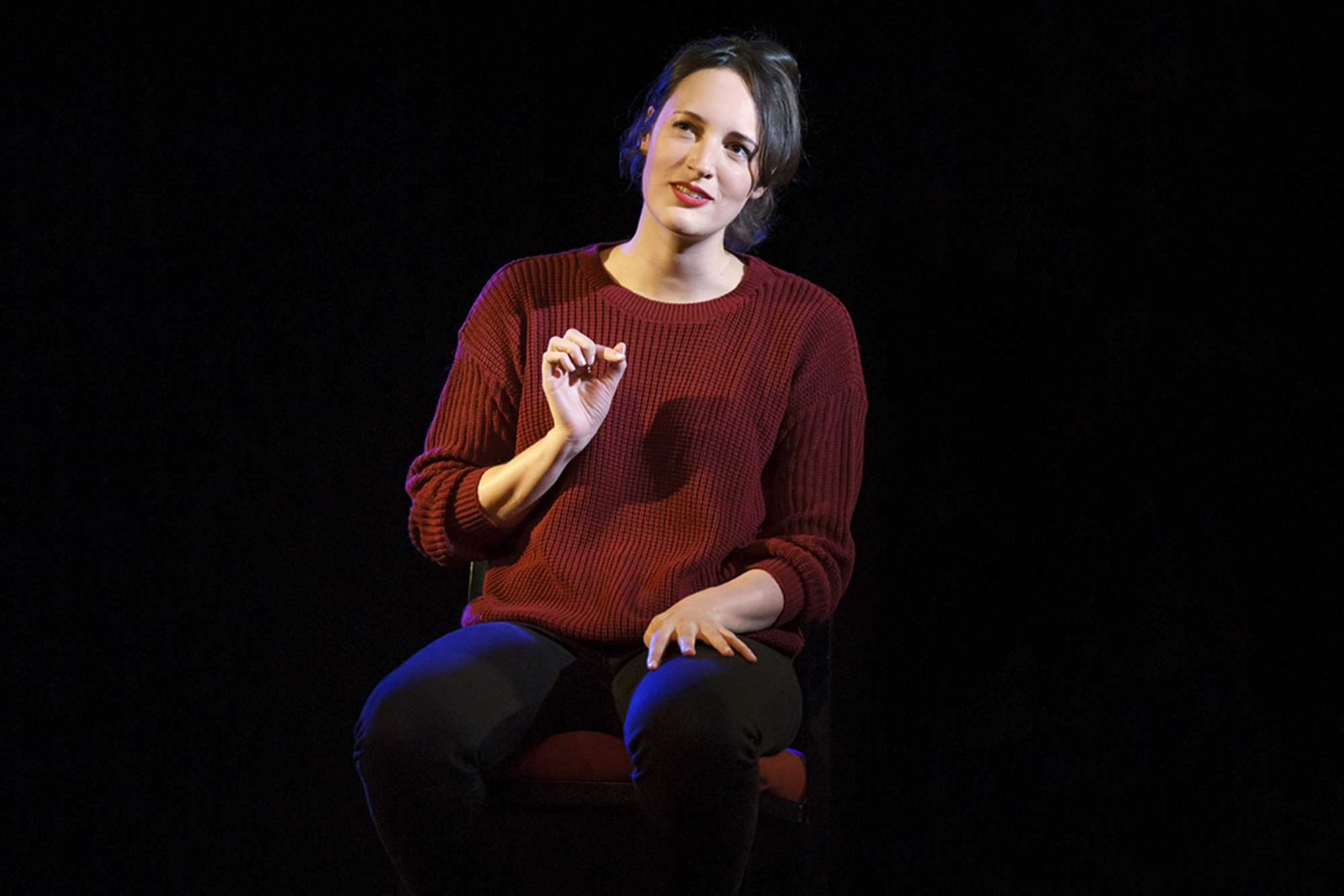 Phoebe Waller-Bridge takes the stage in her solo show Fleabag.(© Joan Marcus)