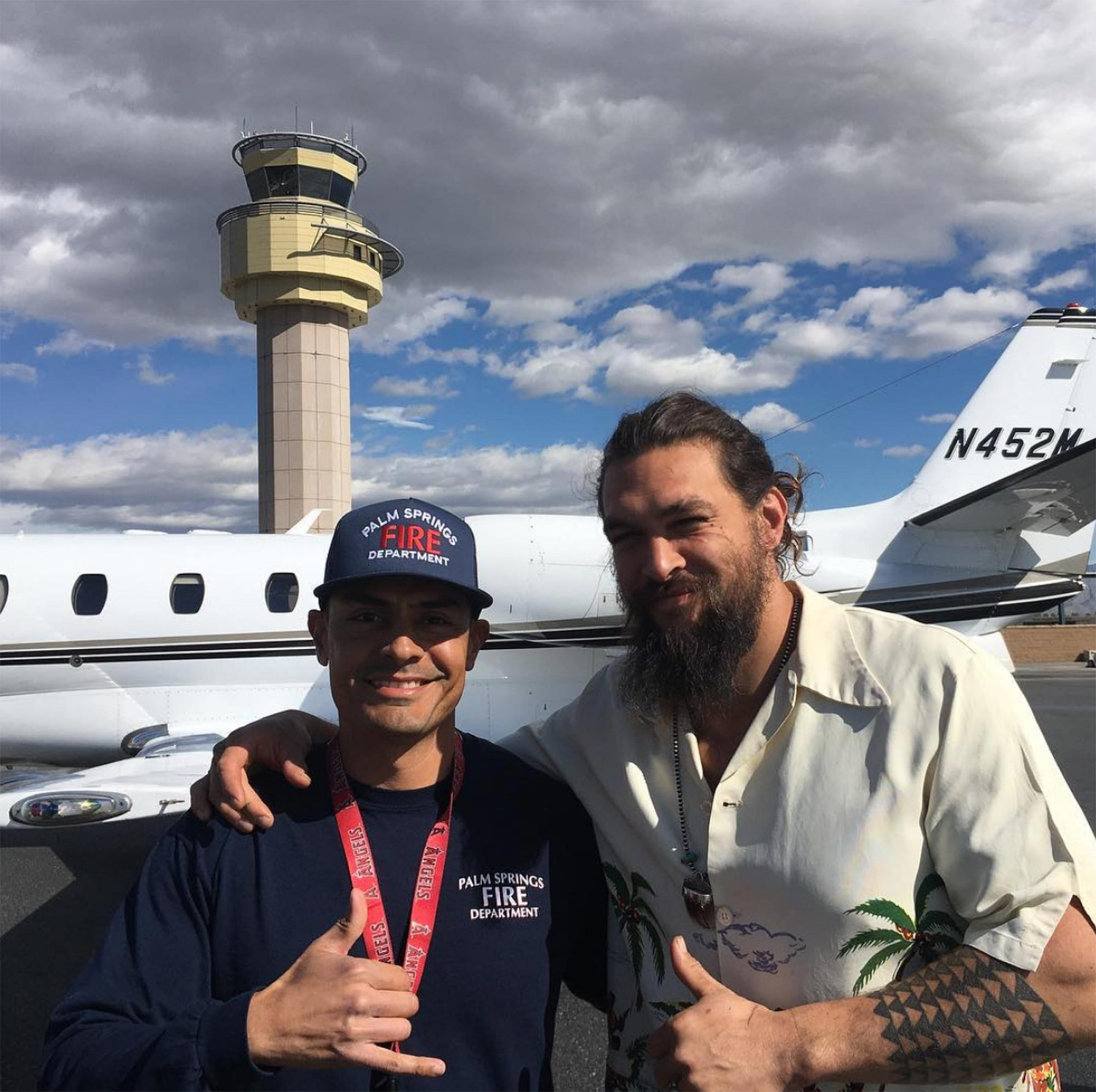 jason-momoa-palm-springs-fire-department
