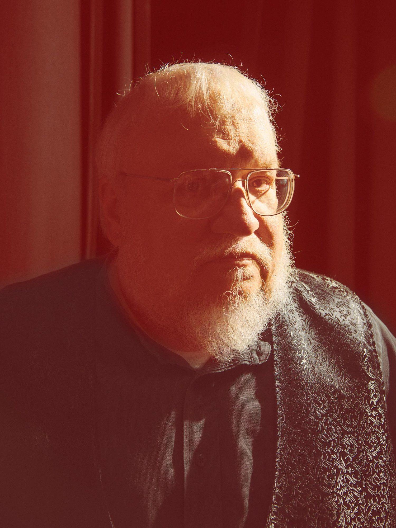 USA. 2014. Author George RR Martin.