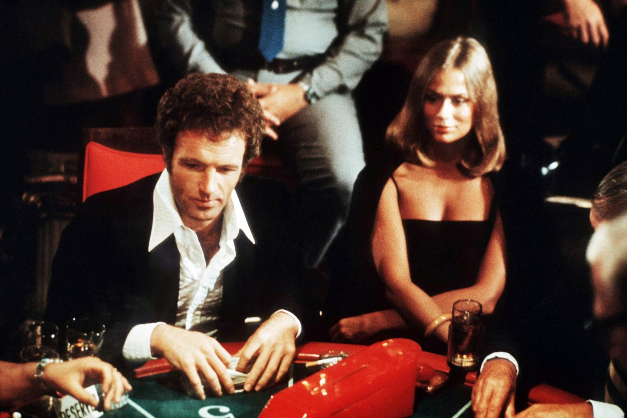 THE GAMBLER, from left: James Caan, Lauren Hutton, 1974 thegambler1974-fsct03(thegambler1974-fsct03)
