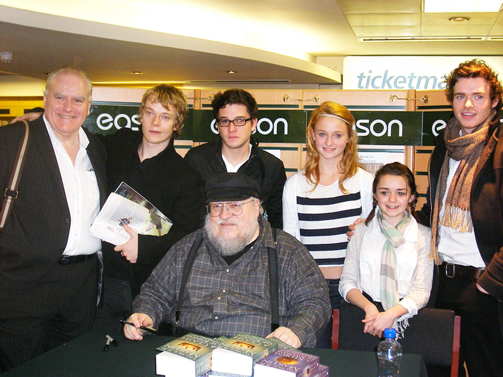 young-game-of-thrones-cast-with-george-r-r-martin
