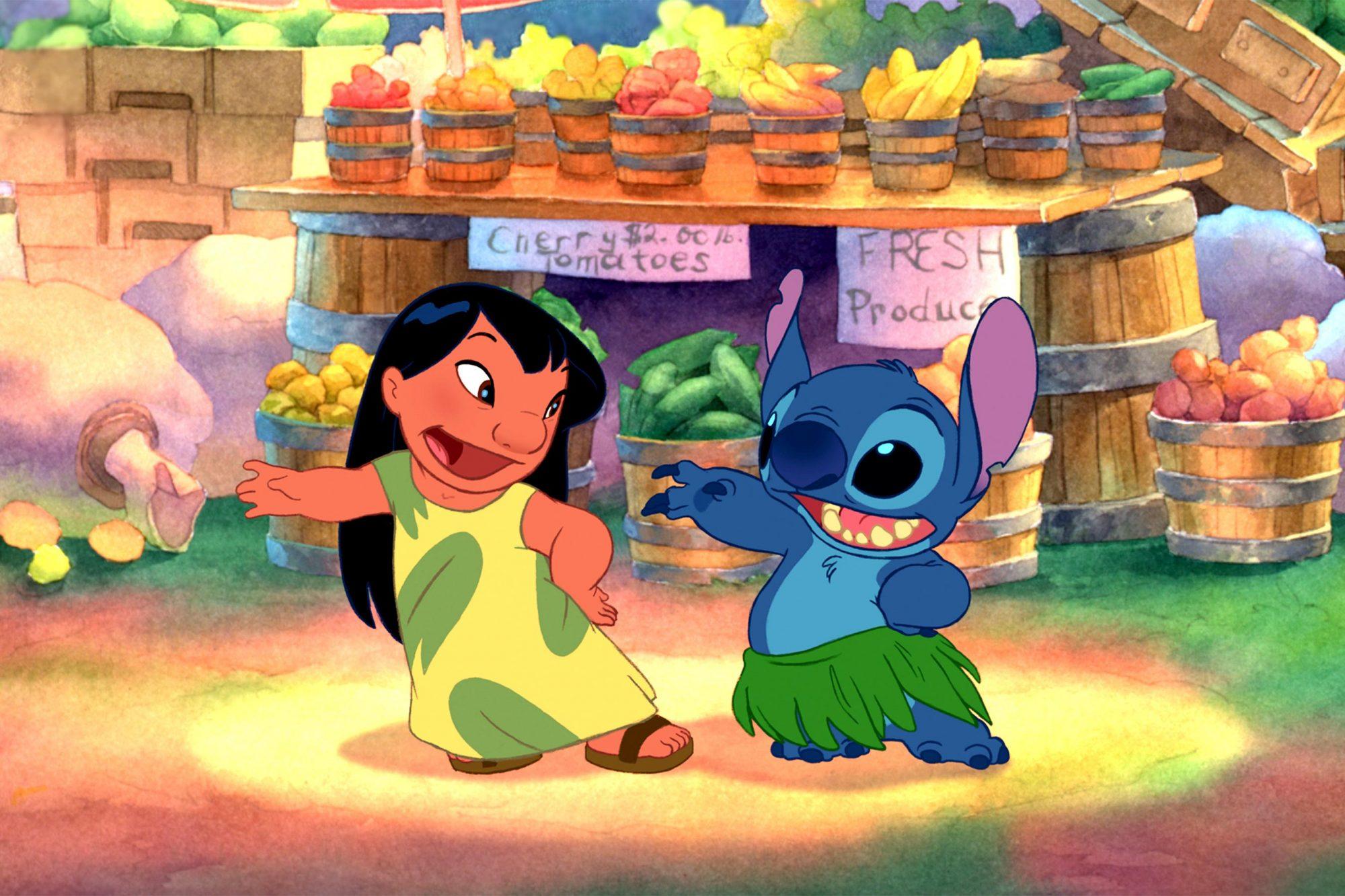 LILO & STITCH, Lilo, Stitch, 2002 (c) Walt Disney/courtesy Everett Collection.