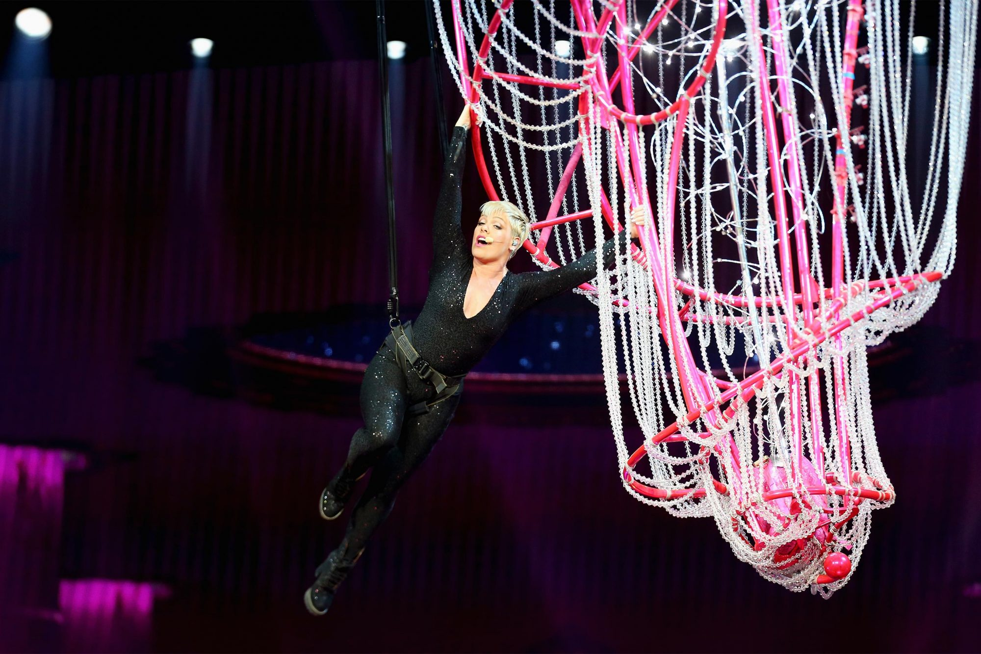 SYDNEY, AUSTRALIA - AUGUST 11: Pink performs at Qudos Bank Arena on August 11, 2018 in Sydney, Australia. (Photo by Don Arnold/WireImage) PINK Beautiful Trauma World Tour 2018 - Sydney P!nk