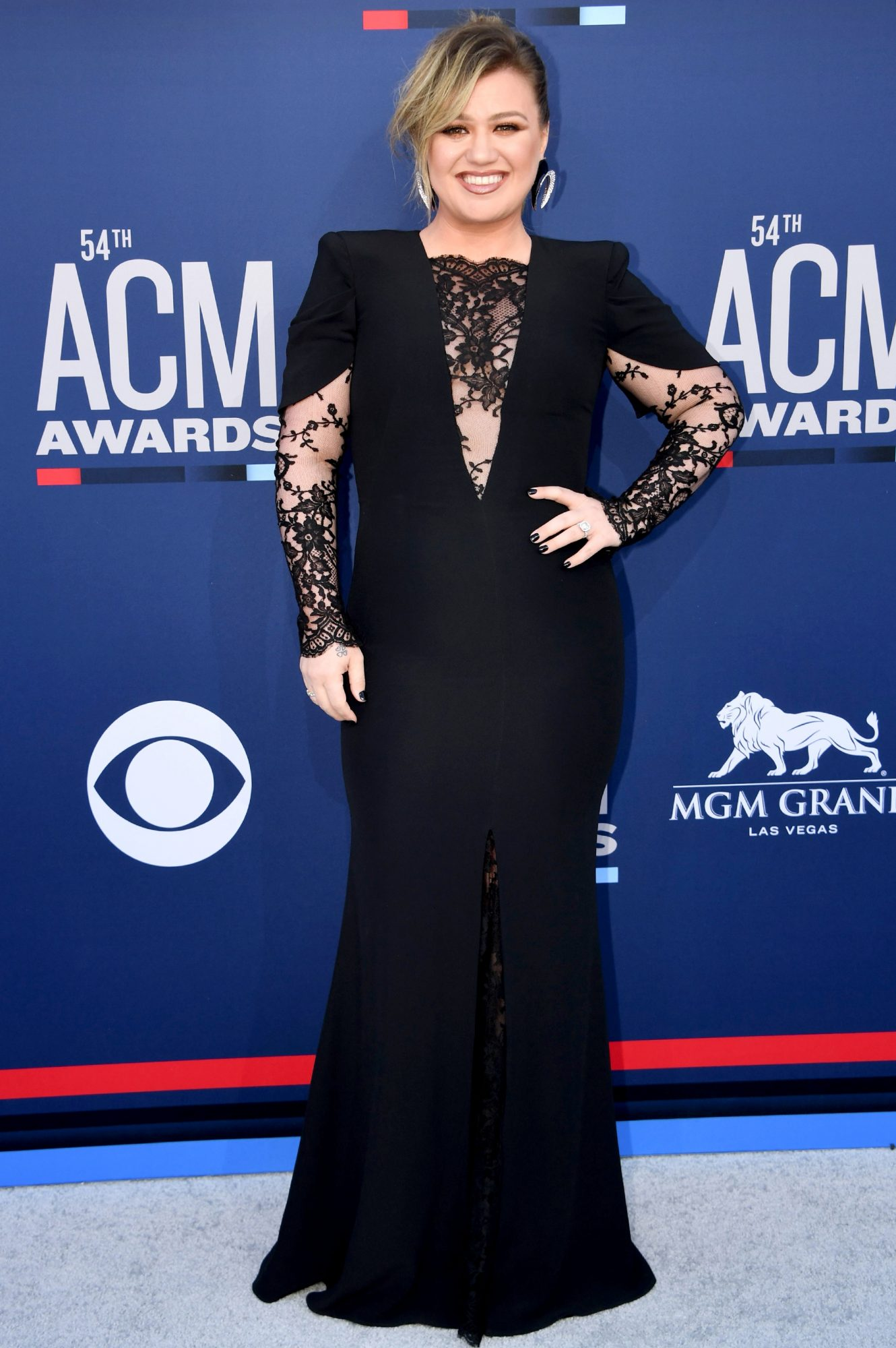 US-ENTERTAINMENT-MUSIC-COUNTRY-AWARD-ARRIVALS