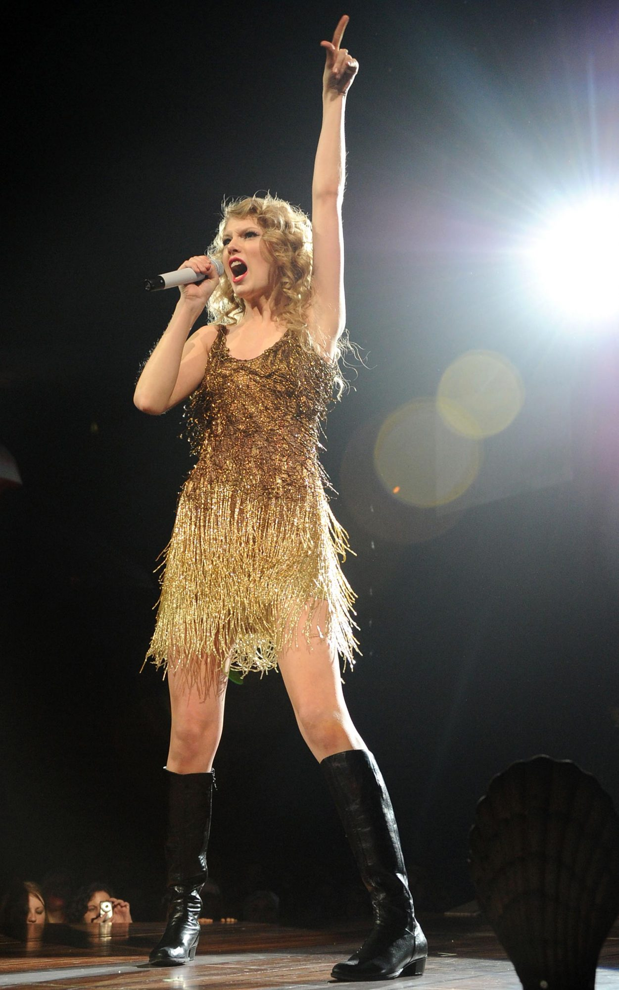 Taylor Swift Opens Final Dress Rehearsal For Speak Now Tour As A Benefit For Tornado Victims - Show