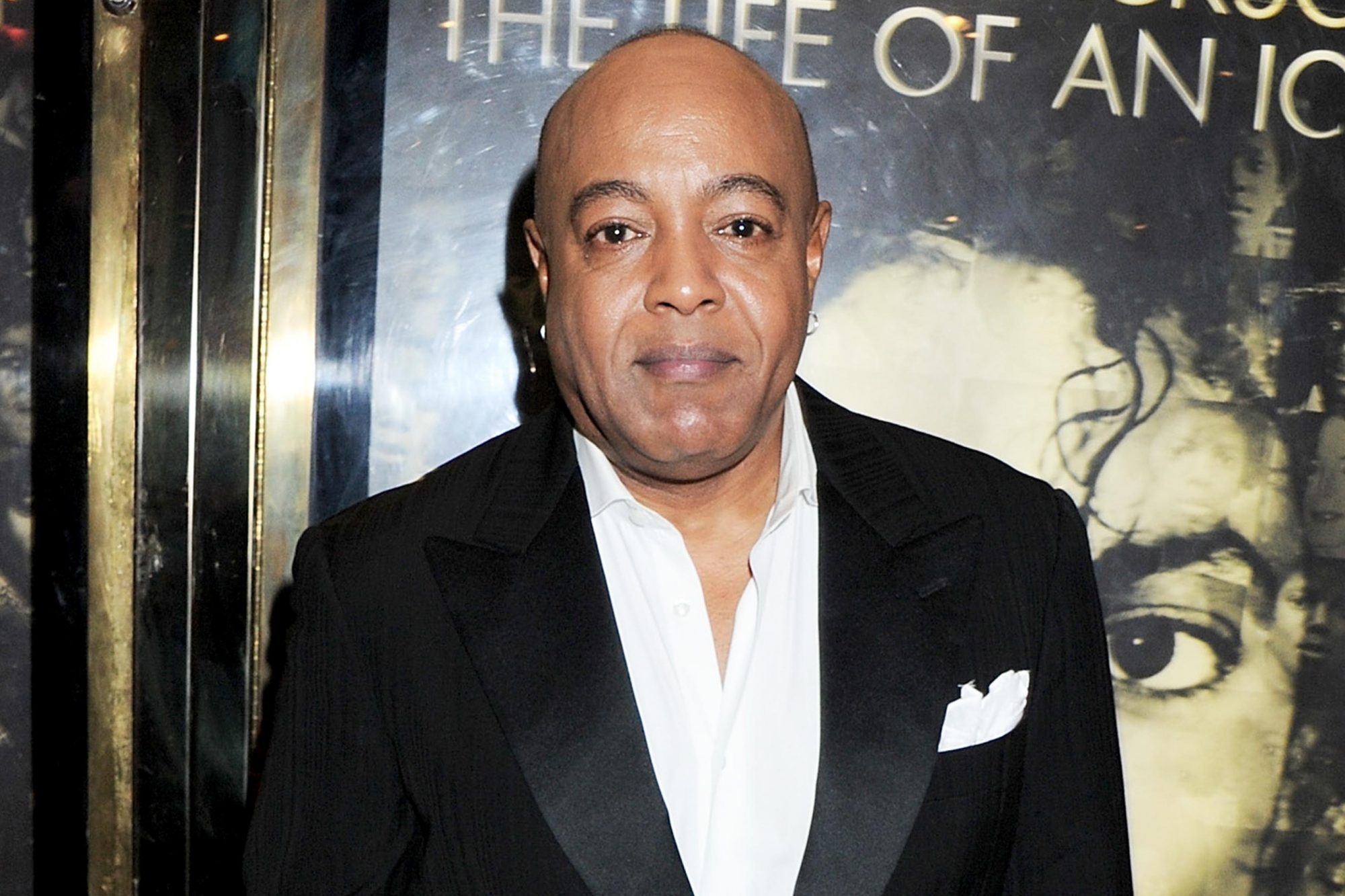 "LONDON, ENGLAND - NOVEMBER 02: Singer Peabo Bryson arrives at the World Premiere of ""Michael Jackson: The Life Of An Icon"" at Empire Leicester Square on November 2, 2011 in London, England. (Photo by Dave M. Benett/Getty Images)"