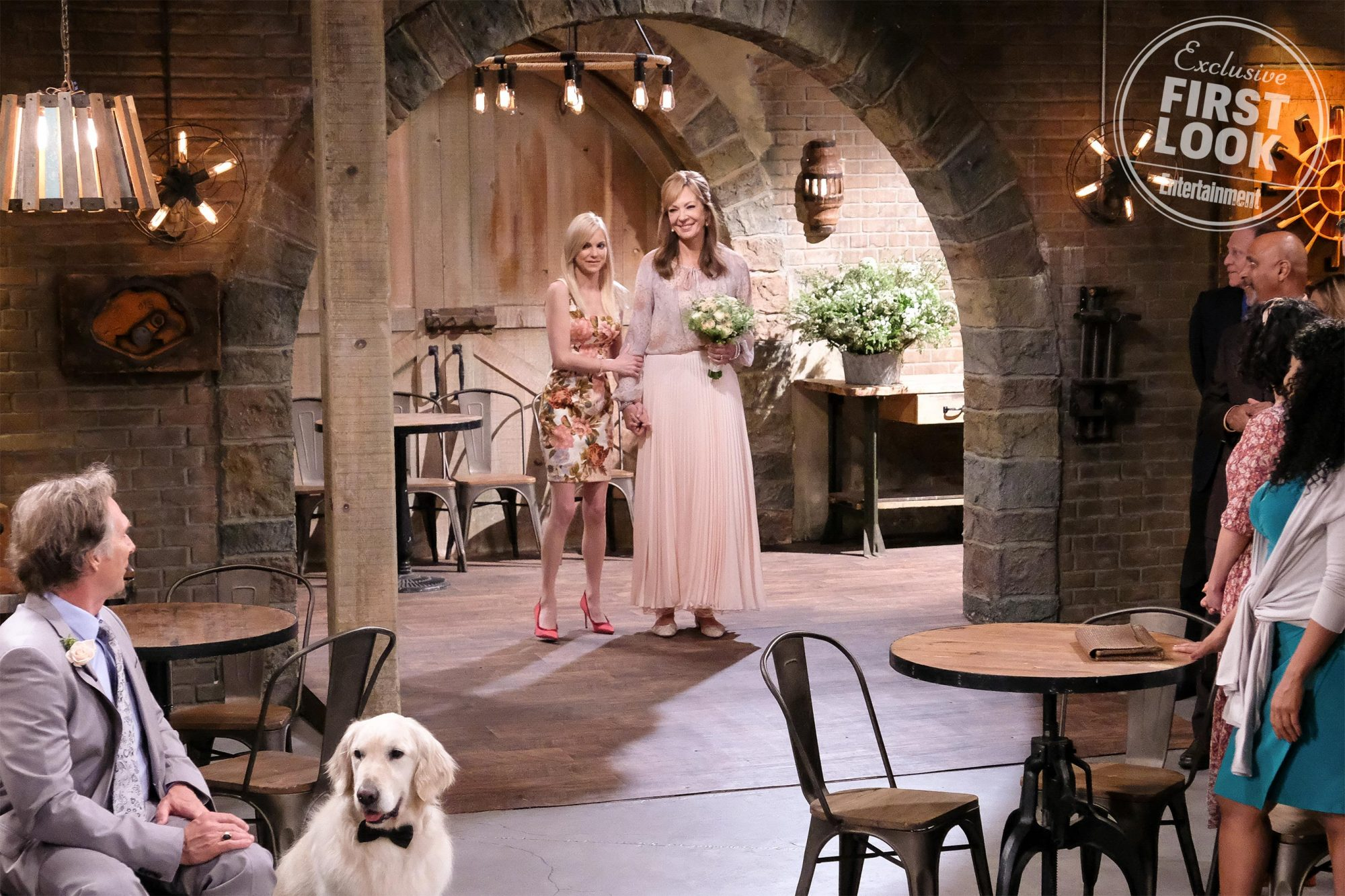 """""""Crazy Hair and a Teeny Tiny Part of Canada"""" -- OSC of the CBS series MOM, scheduled to air on the CBS Television Network. Photo: Tyler Golden/Warner Bros. Entertainment Inc. © 2019 WBEI. All rights reserved."""