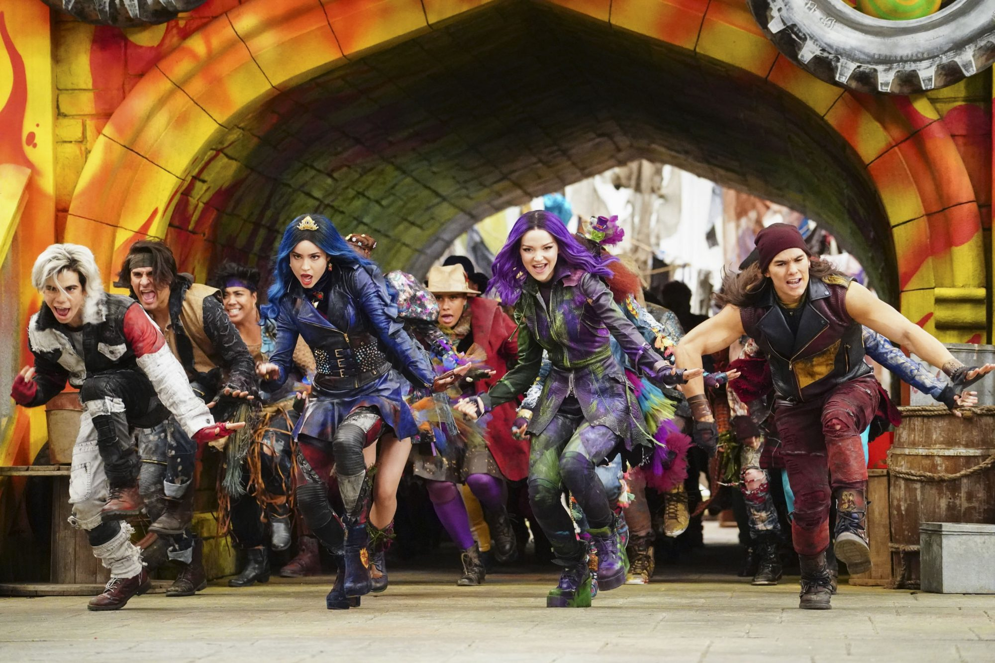 DESCENDANTS 3 - Coverage. (Disney Channel/David Bukach) CAMERON BOYCE, SOFIA CARSON, DOVE CAMERON, BOOBOO STEWART
