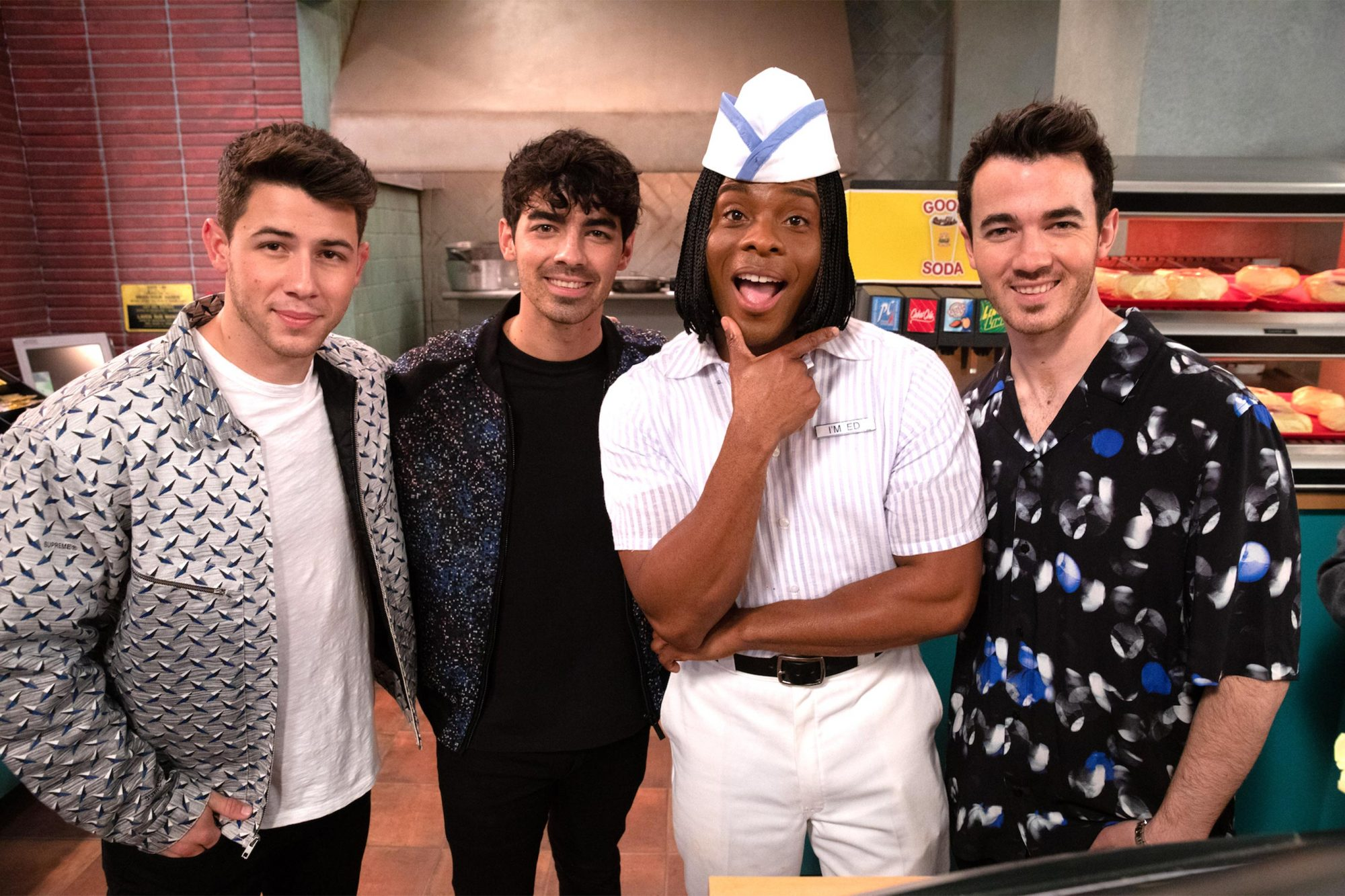 All That Kel Mitchell with the Jonas Brothers CR: Nickelodeon