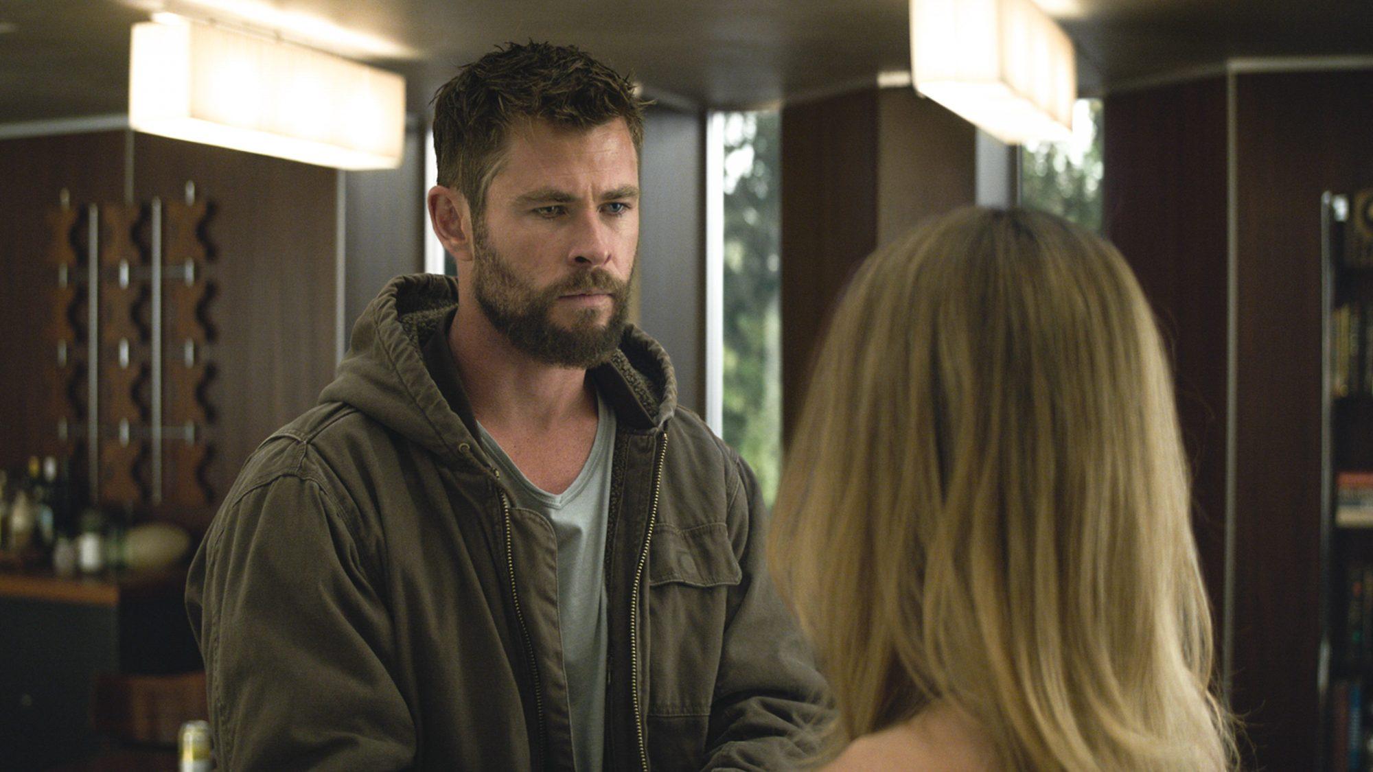 Marvel Studios' AVENGERS: ENDGAME..L to R: Thor (Chris Hemsworth) and Captain Marvel/Carol Danvers (Brie Larson)..Photo: Film Frame..©Marvel Studios 2019