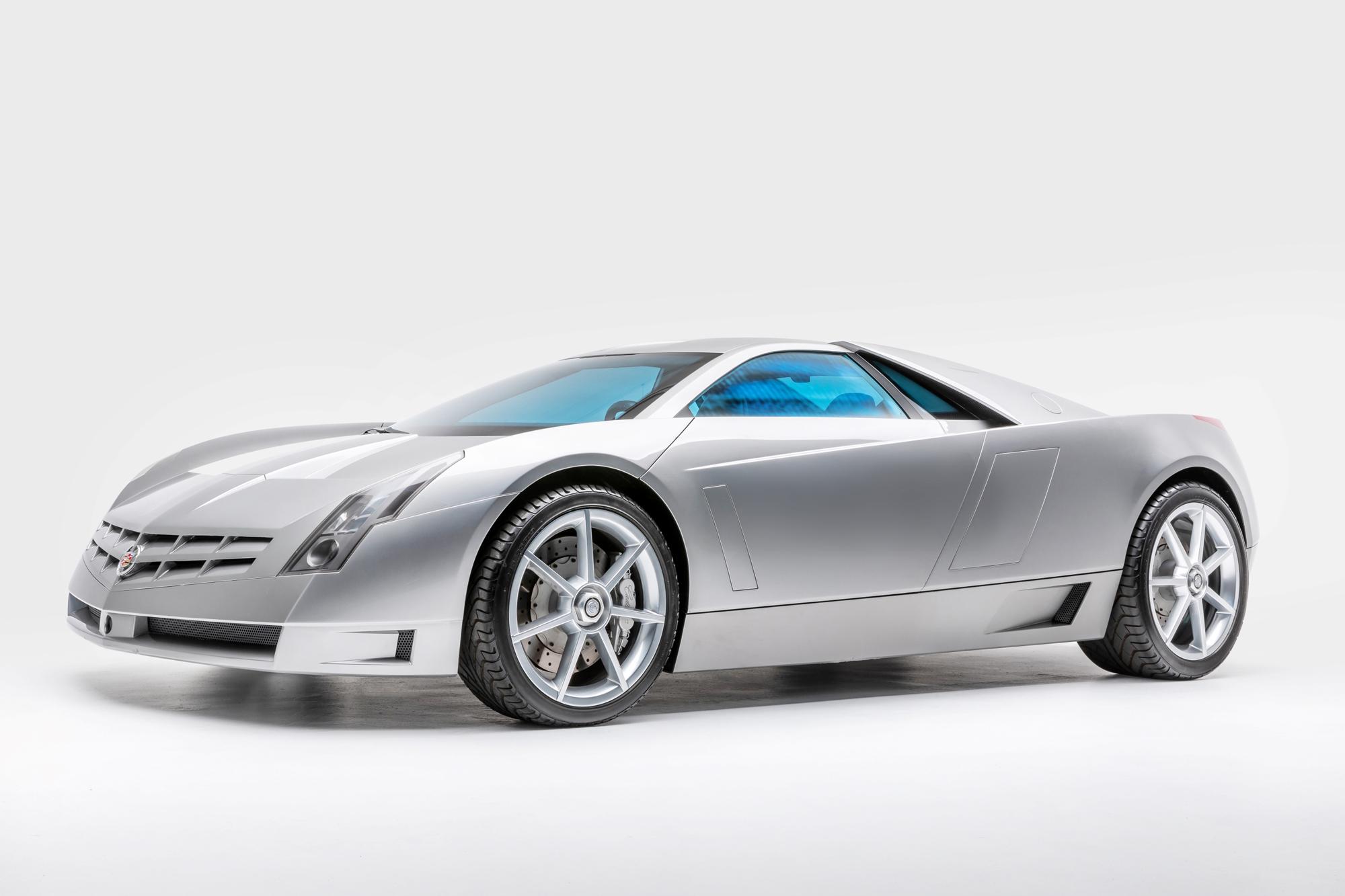 cadillac-cien-V12-1-2000