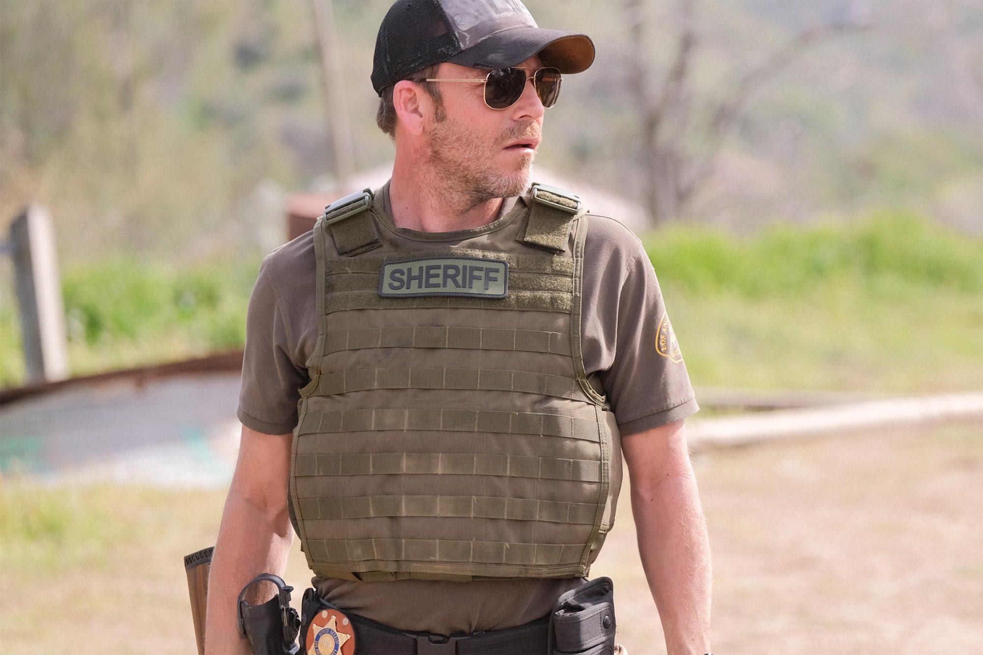 DEPUTY: Stephen Dorff in DEPUTY, premiering on FOX. © 2019 FOX MEDIA LLC. Cr: Tyler Golden / FOX.