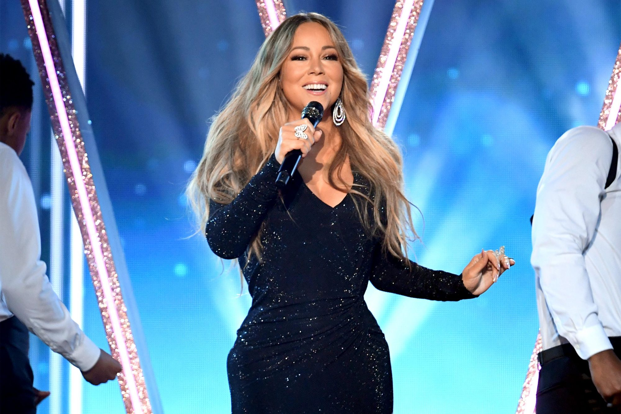 LAS VEGAS, NEVADA - MAY 01: Honoree Mariah Carey performs onstage during the 2019 Billboard Music Awards at MGM Grand Garden Arena on May 01, 2019 in Las Vegas, Nevada. (Photo by Kevin Winter/Getty Images for dcp)