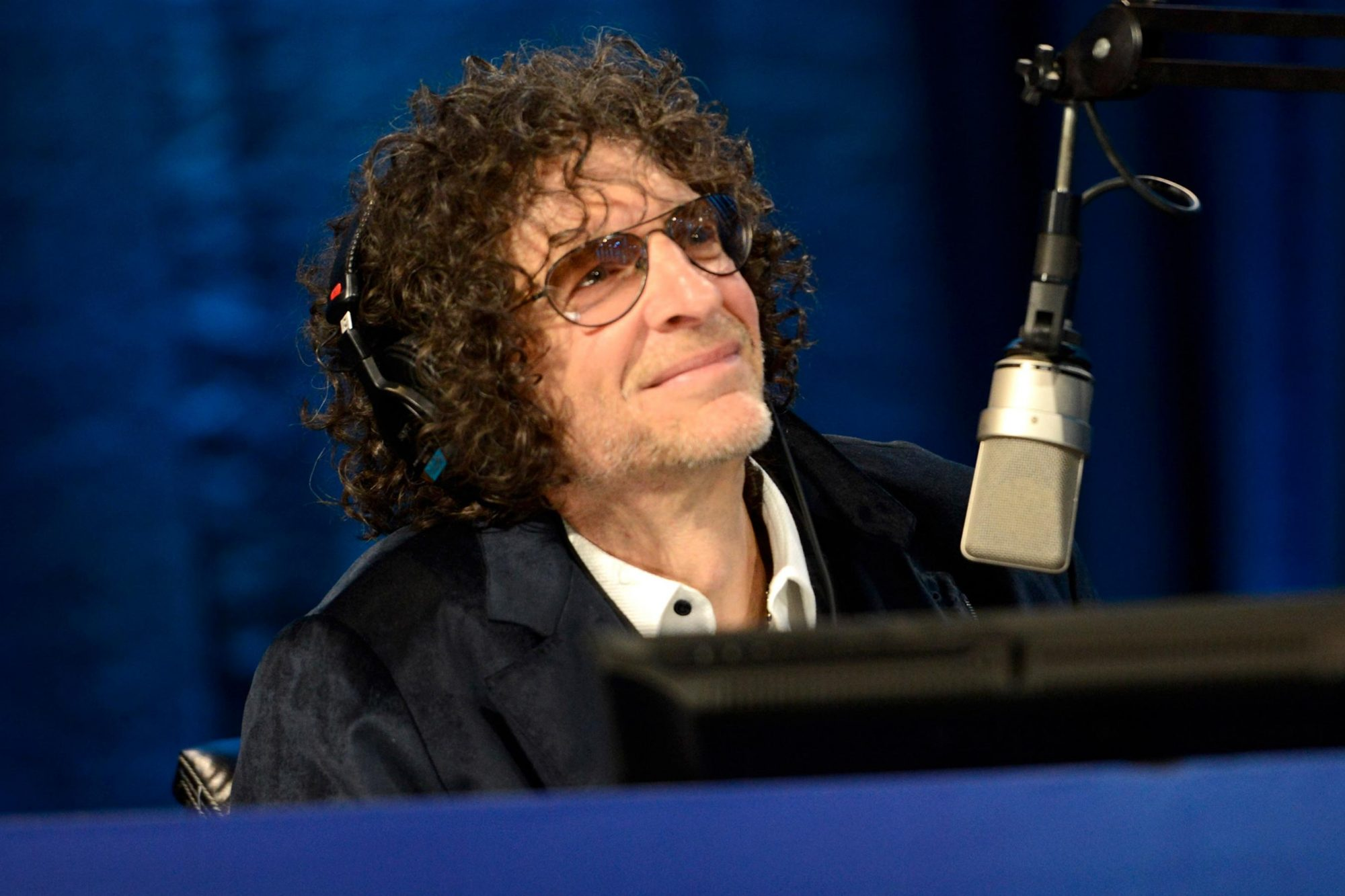"NEW YORK, NY - JANUARY 31: Howard Stern speaks onstage at ""Howard Stern's Birthday Bash"" presented by SiriusXM, produced by Howard Stern Productions at Hammerstein Ballroom on January 31, 2014 in New York City. (Photo by Kevin Mazur/Getty Images for SiriusXM)"