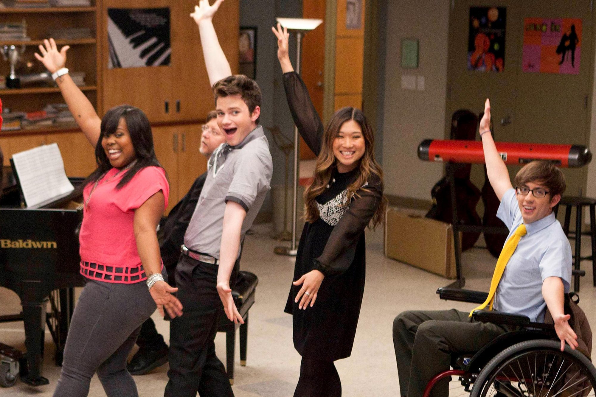 """GLEE: The glee club performs in the """"Goodbye"""" season finale episode of GLEE airing Tuesday, May 22 (9:00 - 10:00 PM ET/PT) on FOX. Pictured L-R:, Amber Riley, Chris Colfer, Jenna Ushkowitz and Kevin McHale. (Photo by FOX via Getty Images)"""